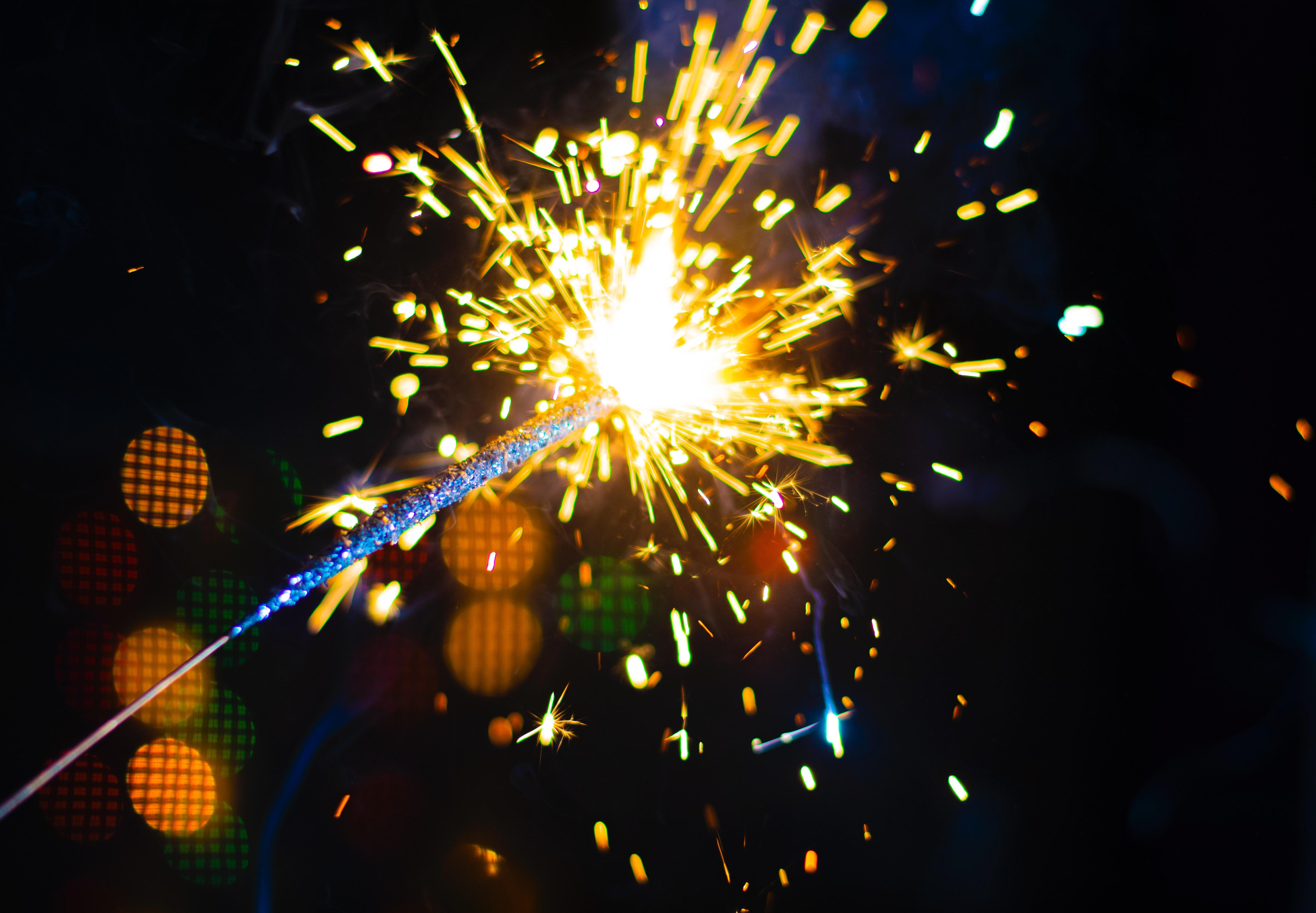 無料画像 4kの壁紙 ぼかし ボケ 明るい お祝い 閉じる 花火