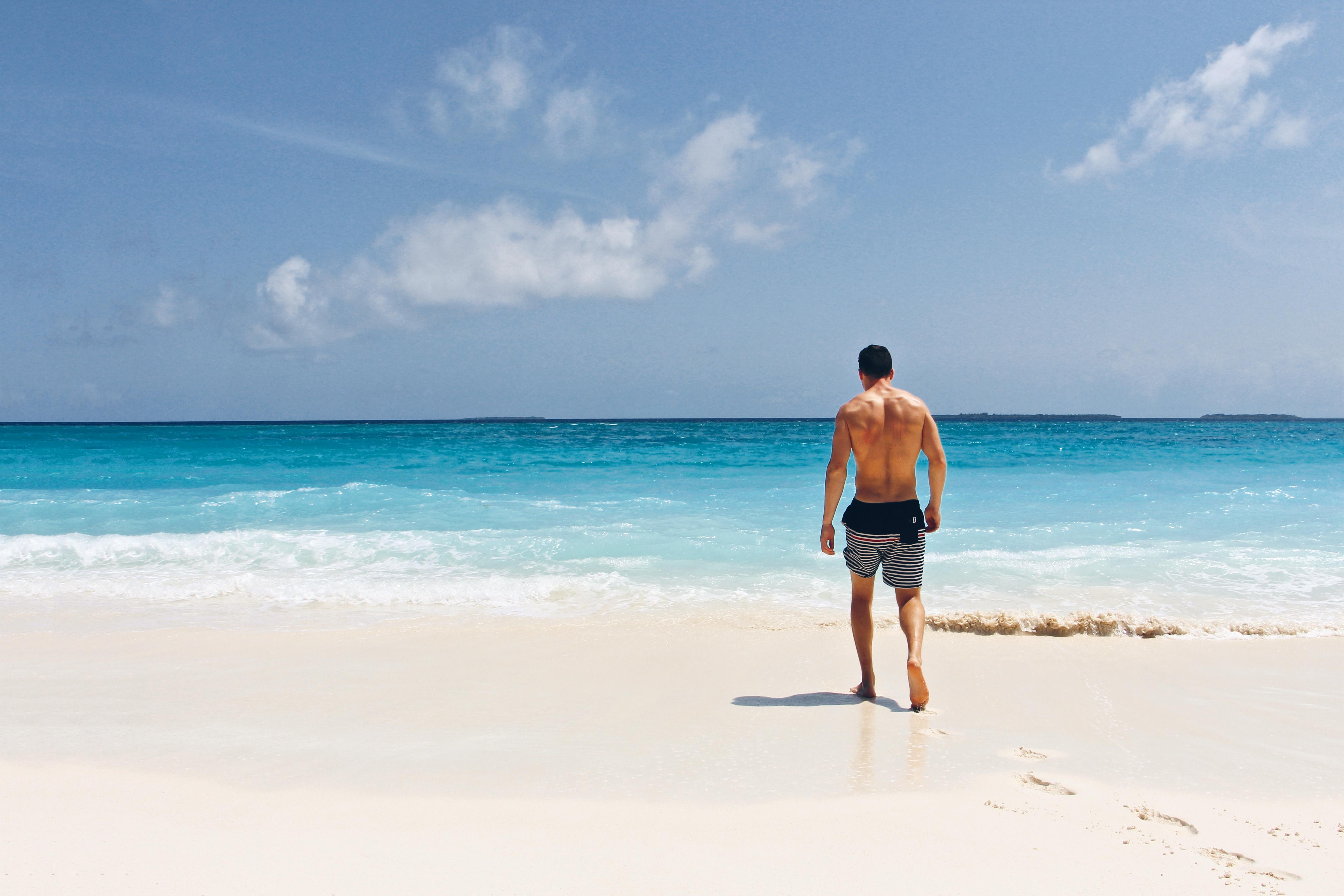 парень картинки побережья и людей желанию клиента делаем