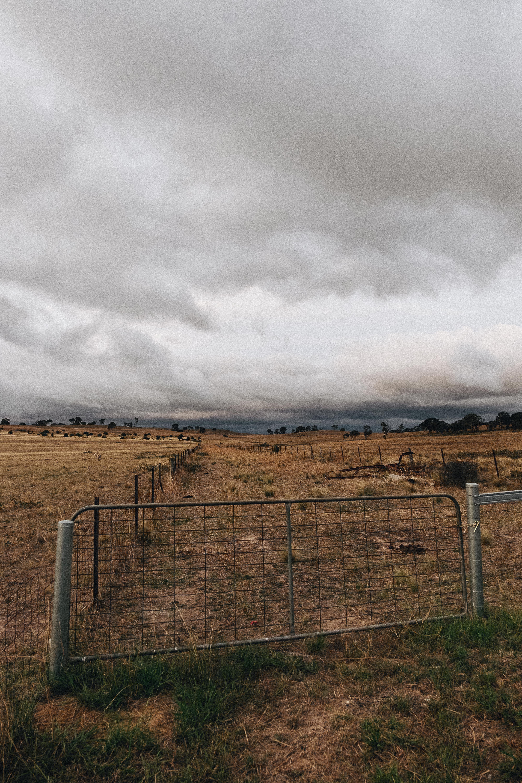 Gambar Ditinggalkan Berawan Langit Mendung Negara Pedesaan