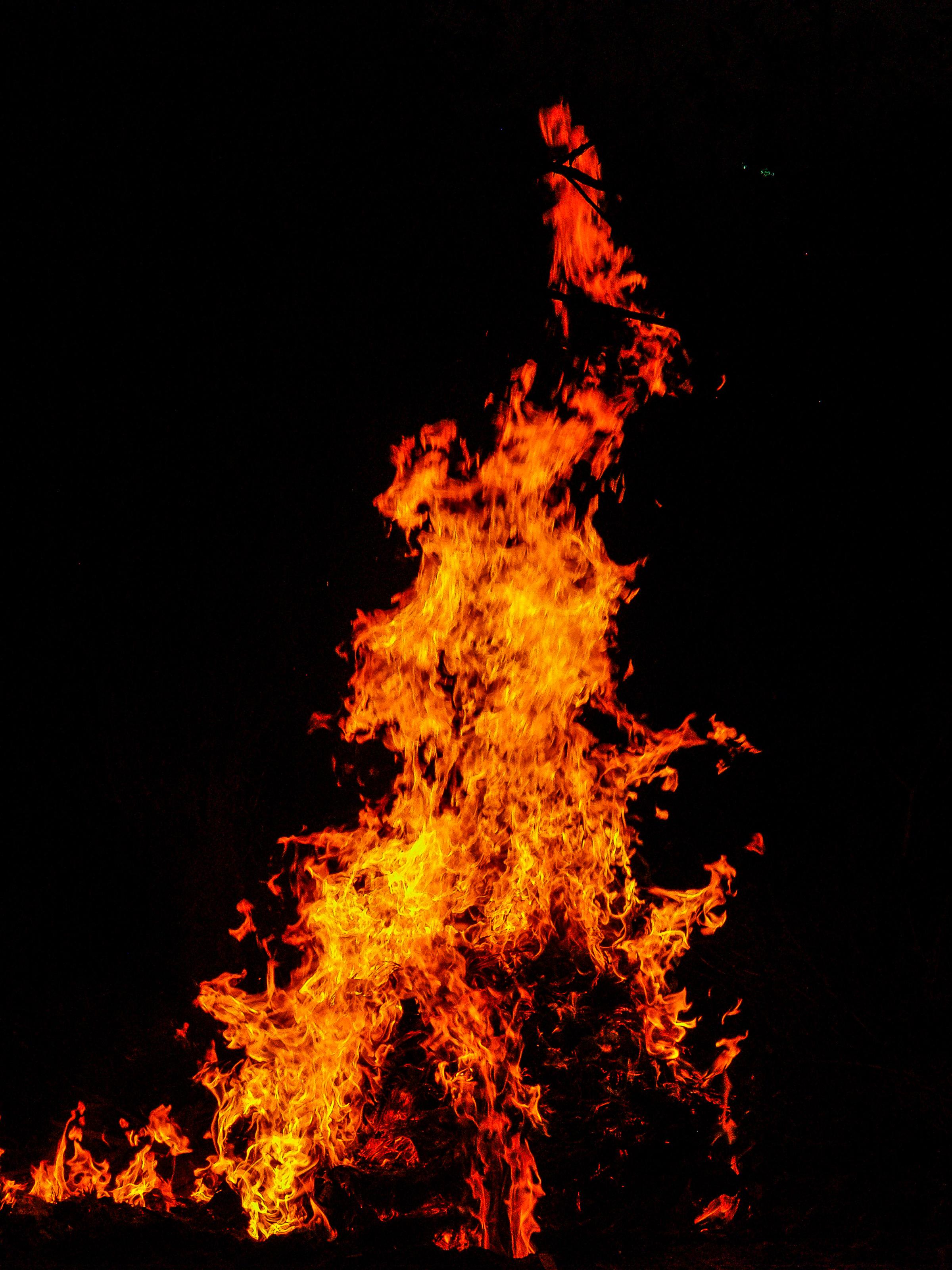 hình ảnh : trừu tượng, lý lịch, tiệc nướng ngoài trời, đen, Ngọn lửa, Rực rỡ, Đốt lửa, đốt cháy, Lửa trại, Gần, Nguy hiểm, nguy hiểm, tối, Thiết kế, ...