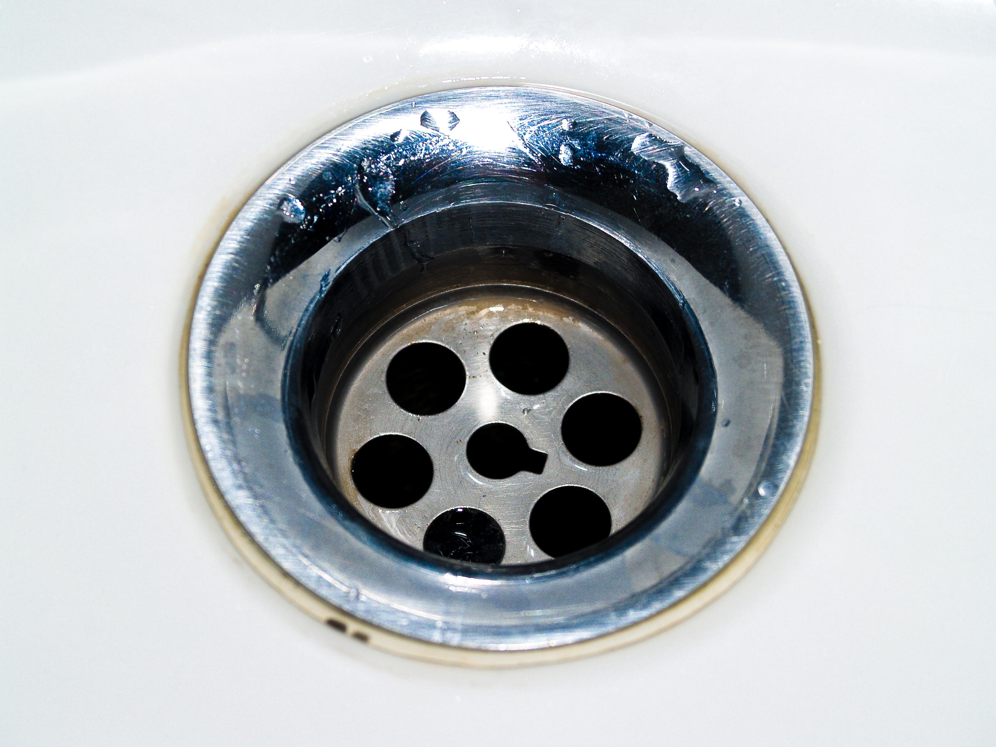 Bagno pulito cheap bagno pulito ed igienizzato senza pensieri with bagno pulito amazing - Perdita sifone lavabo cucina ...