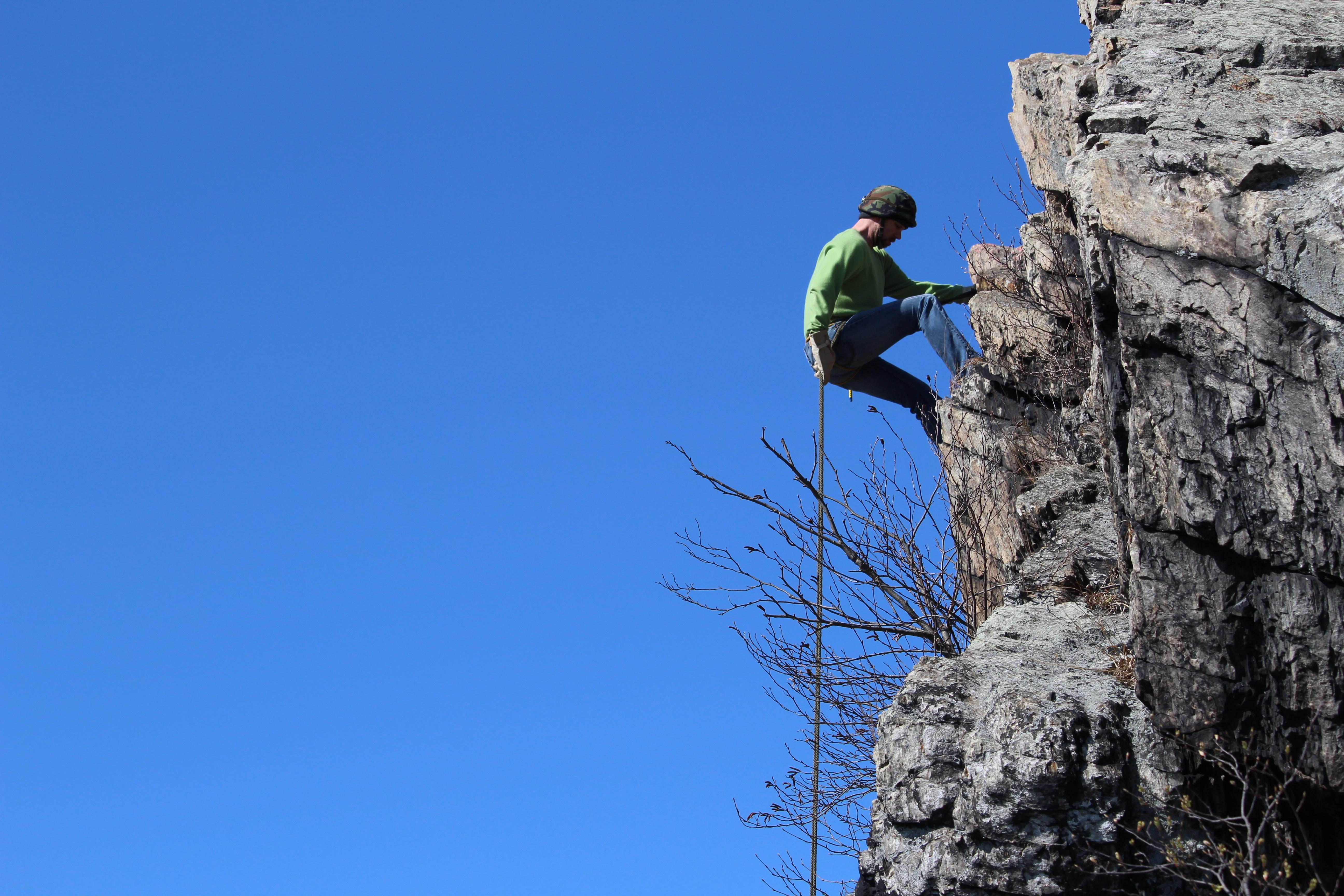 Kletterausrüstung Englisch : Kostenlose foto : abenteuer blau klettern felsklettern
