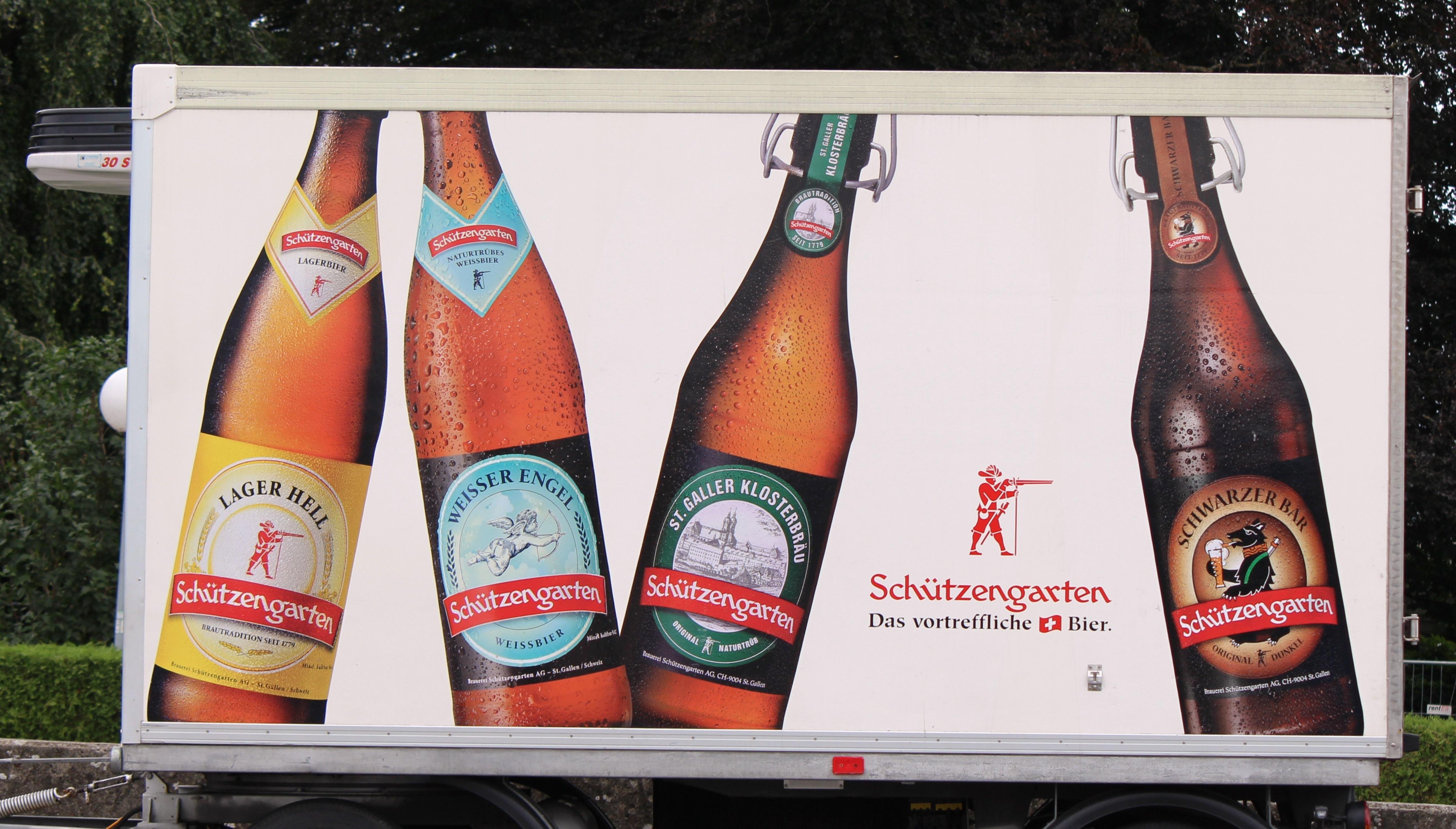 Gambar Iklan Minum Alkohol Poster Botol Bir Trailer