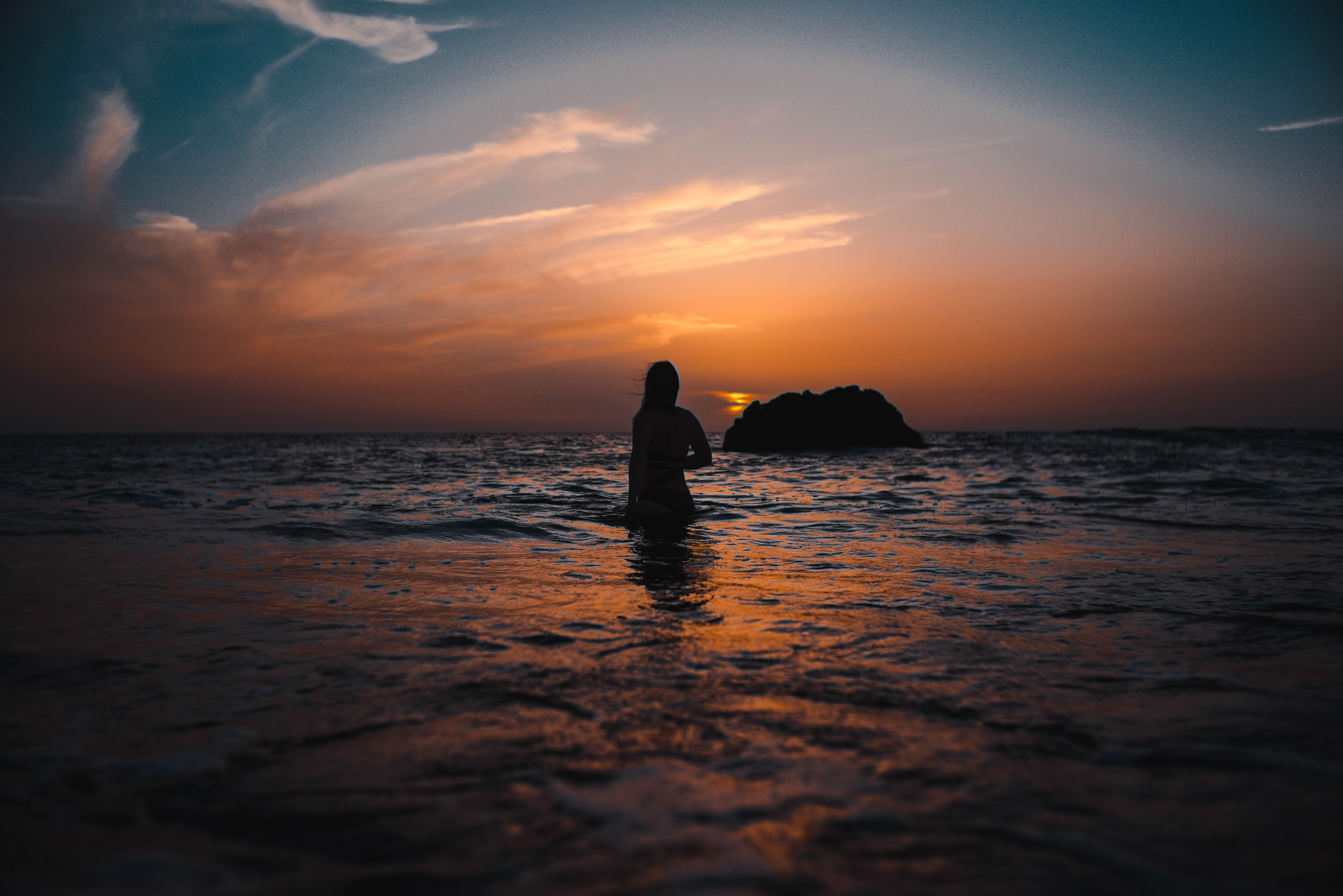 картинка ждет на берегу моря видеодорожка представляет собой