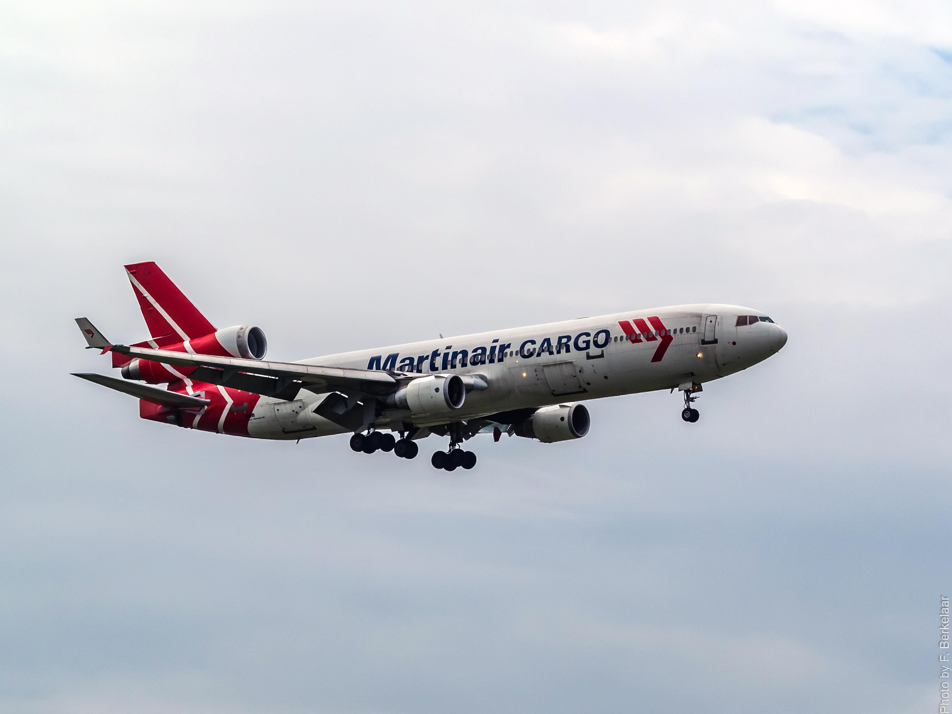 hình ảnh : Máy bay, phi cơ, Xe, Hãng hàng không, Hàng không, chuyến