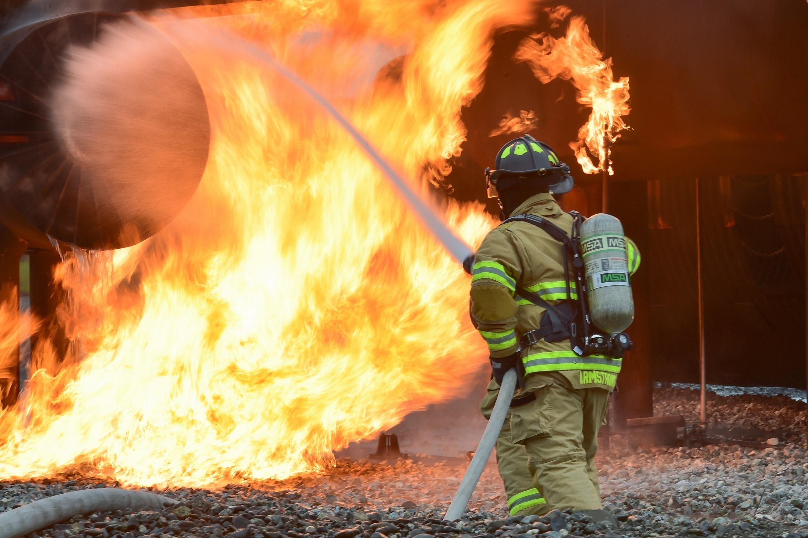 Пожарные спасатели картинки спальне