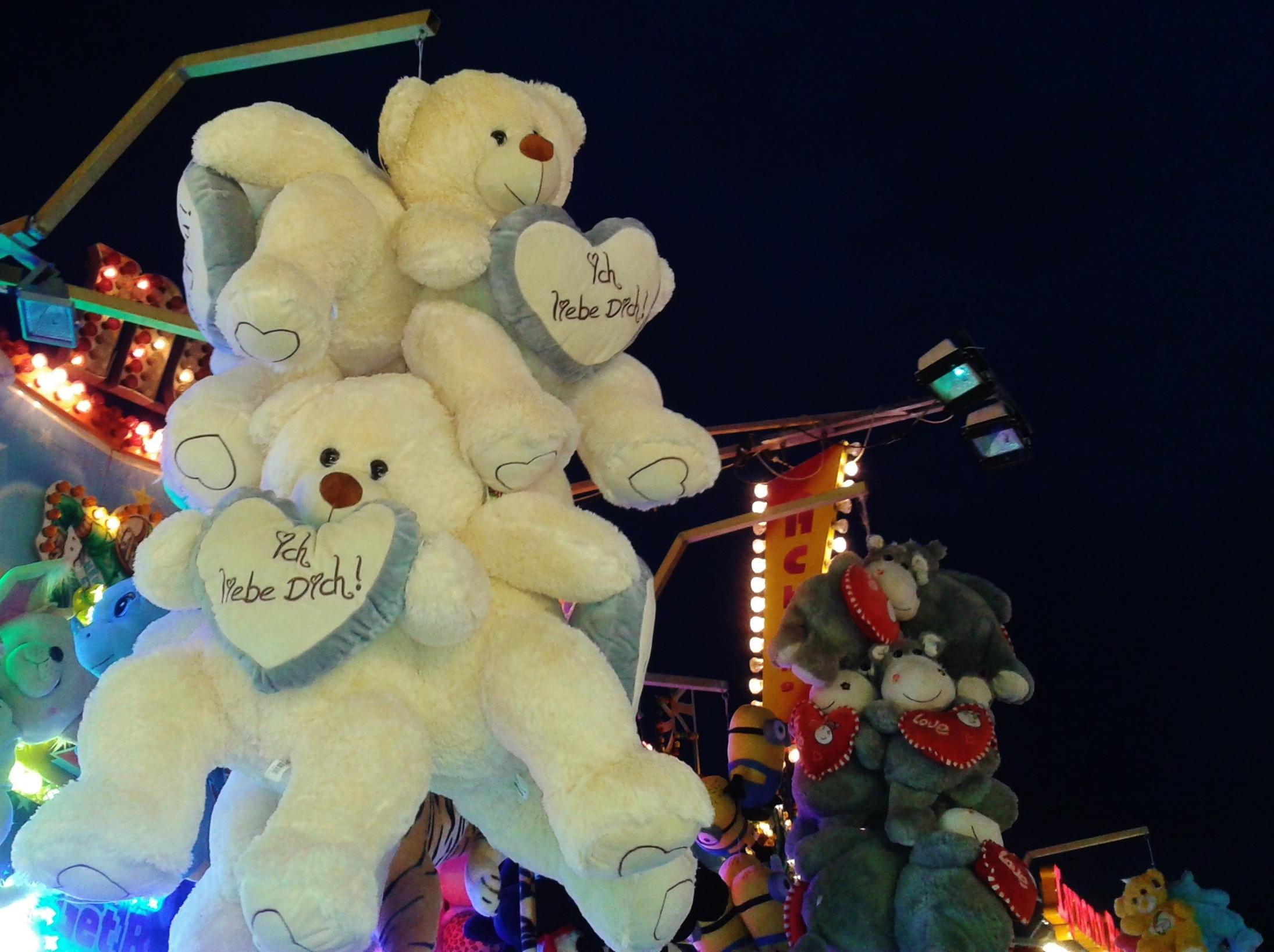 Free Images : cute, heart, leisure, fairground, teddy bear, affection, fun,  stuffed animal, fair, pleasure, children toys, folk festival, i love you,  ...