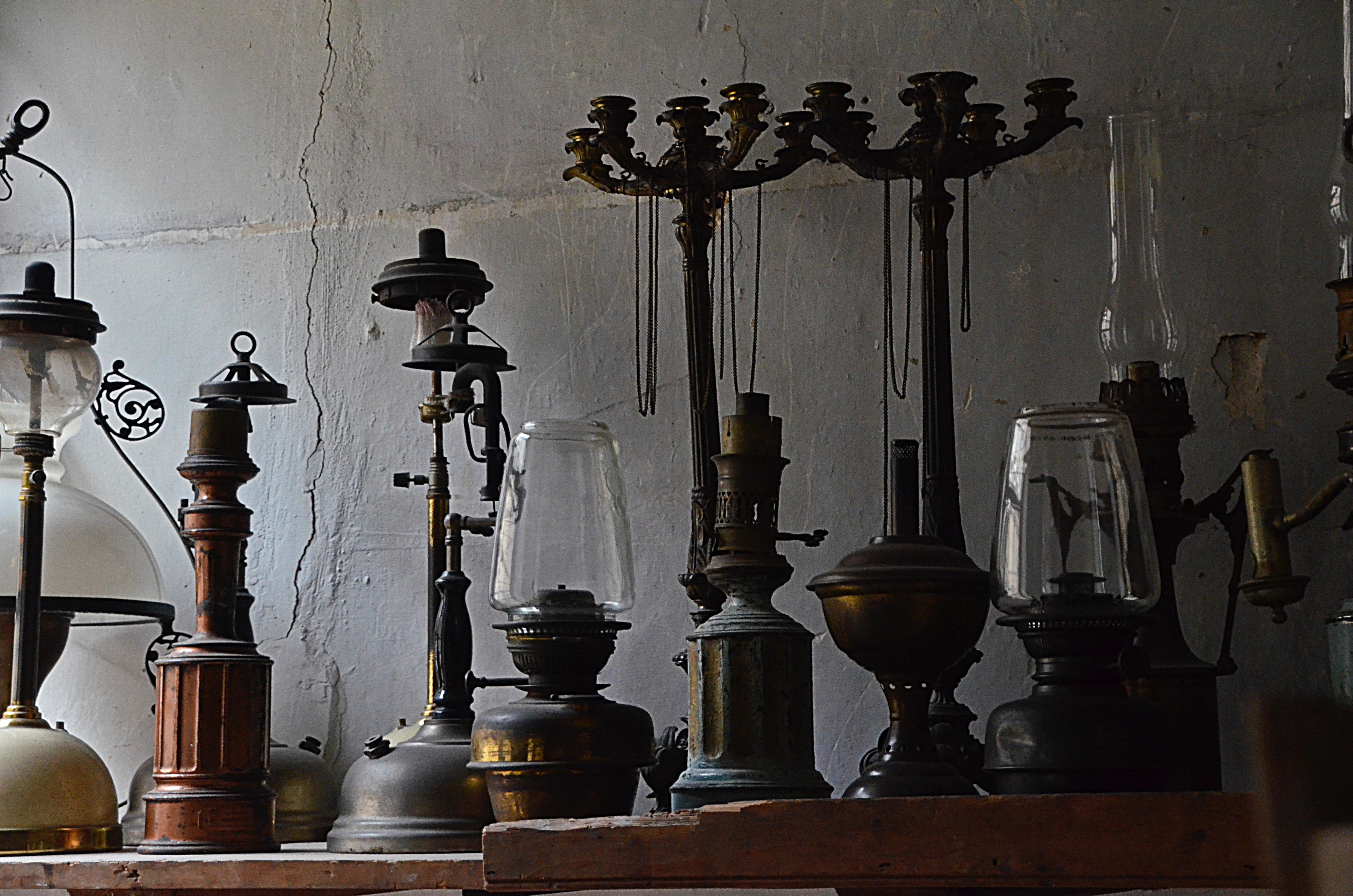 images gratuites antique lanterne mus e bougie clairage vieille lampe art luminaire. Black Bedroom Furniture Sets. Home Design Ideas