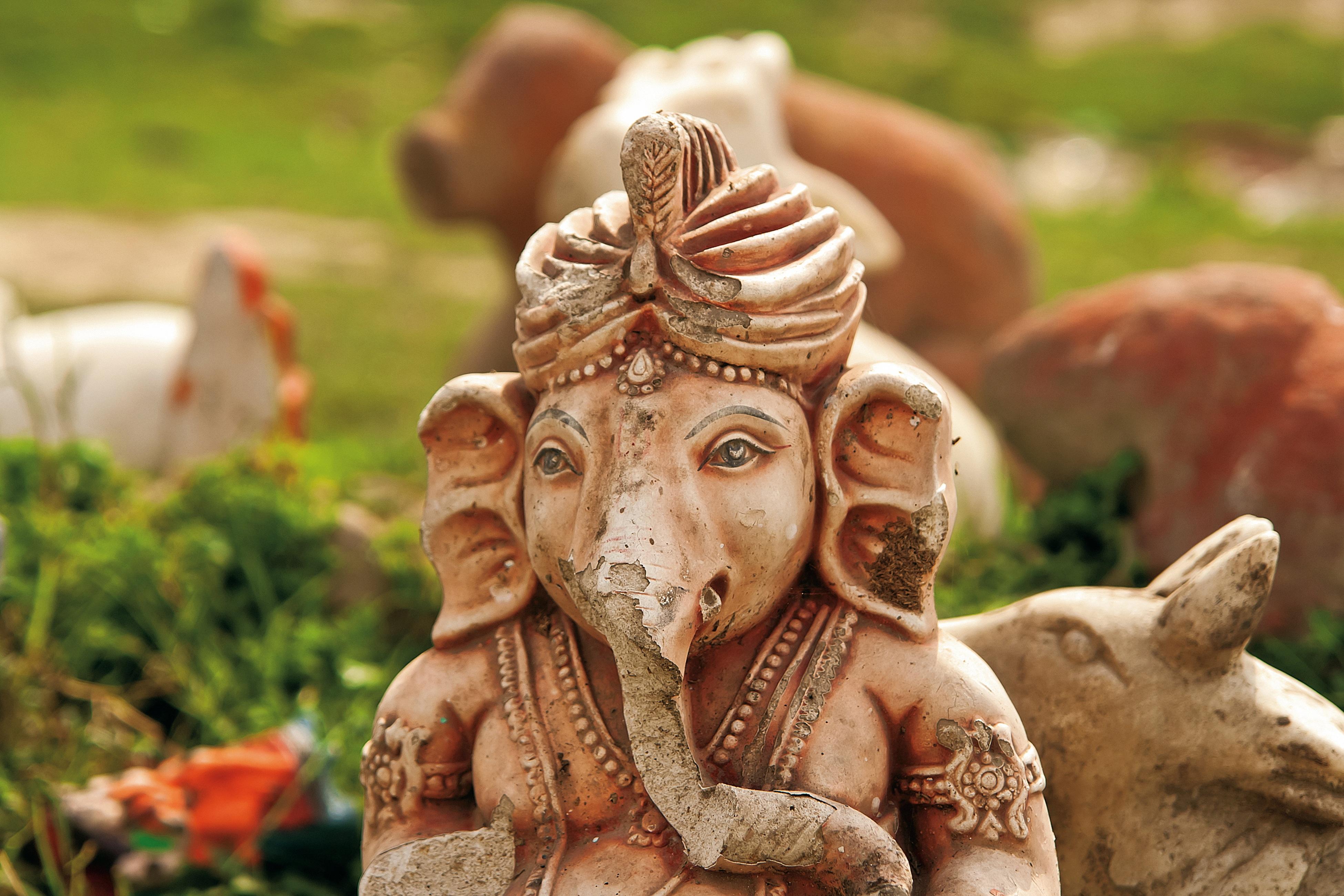 Gambar Antik Tua Hewan Batu Monumen Perjalanan Asia