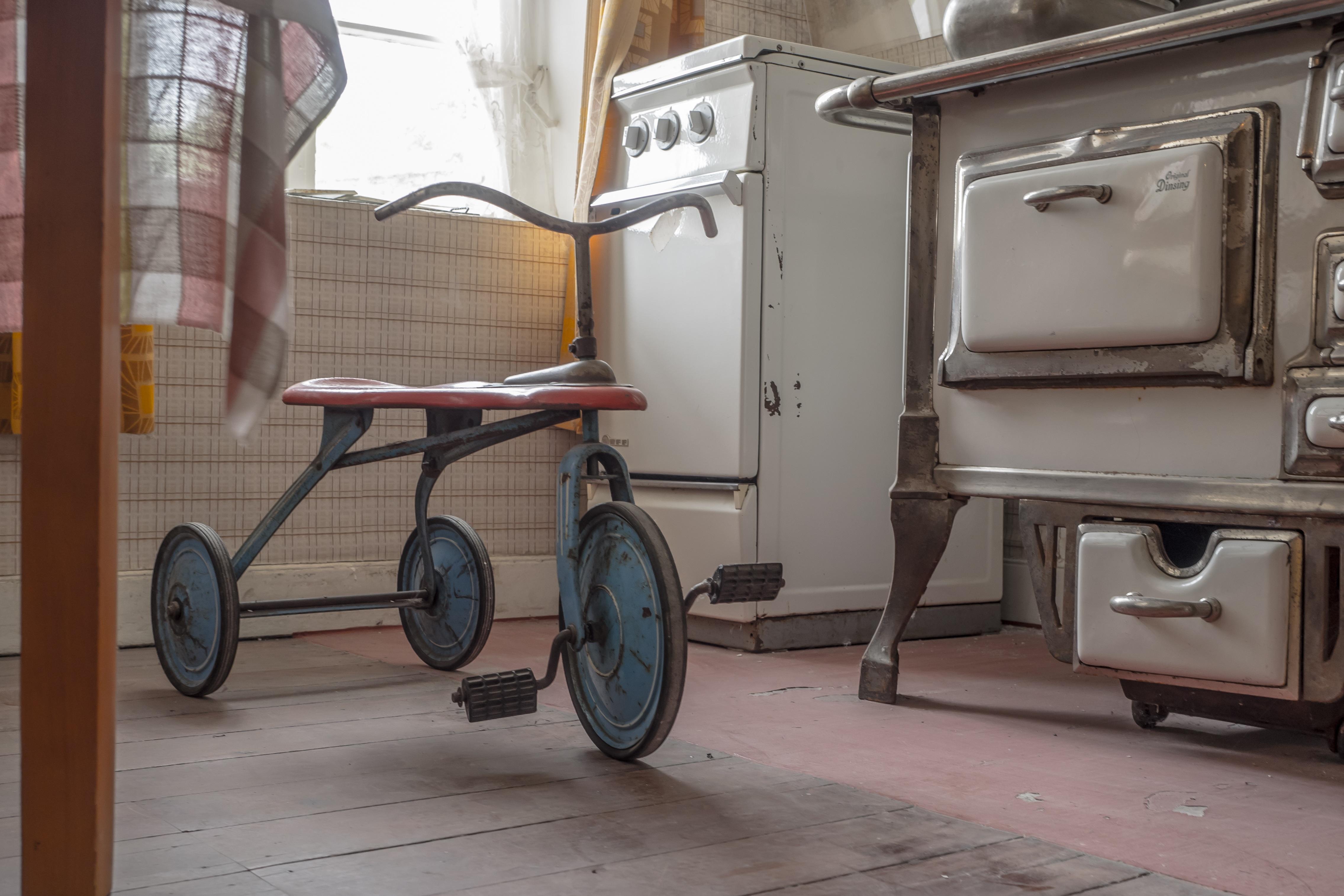 Kostenlose foto : Antiquität, Rad, spielen, Retro, Dreirad, Fahrrad ...