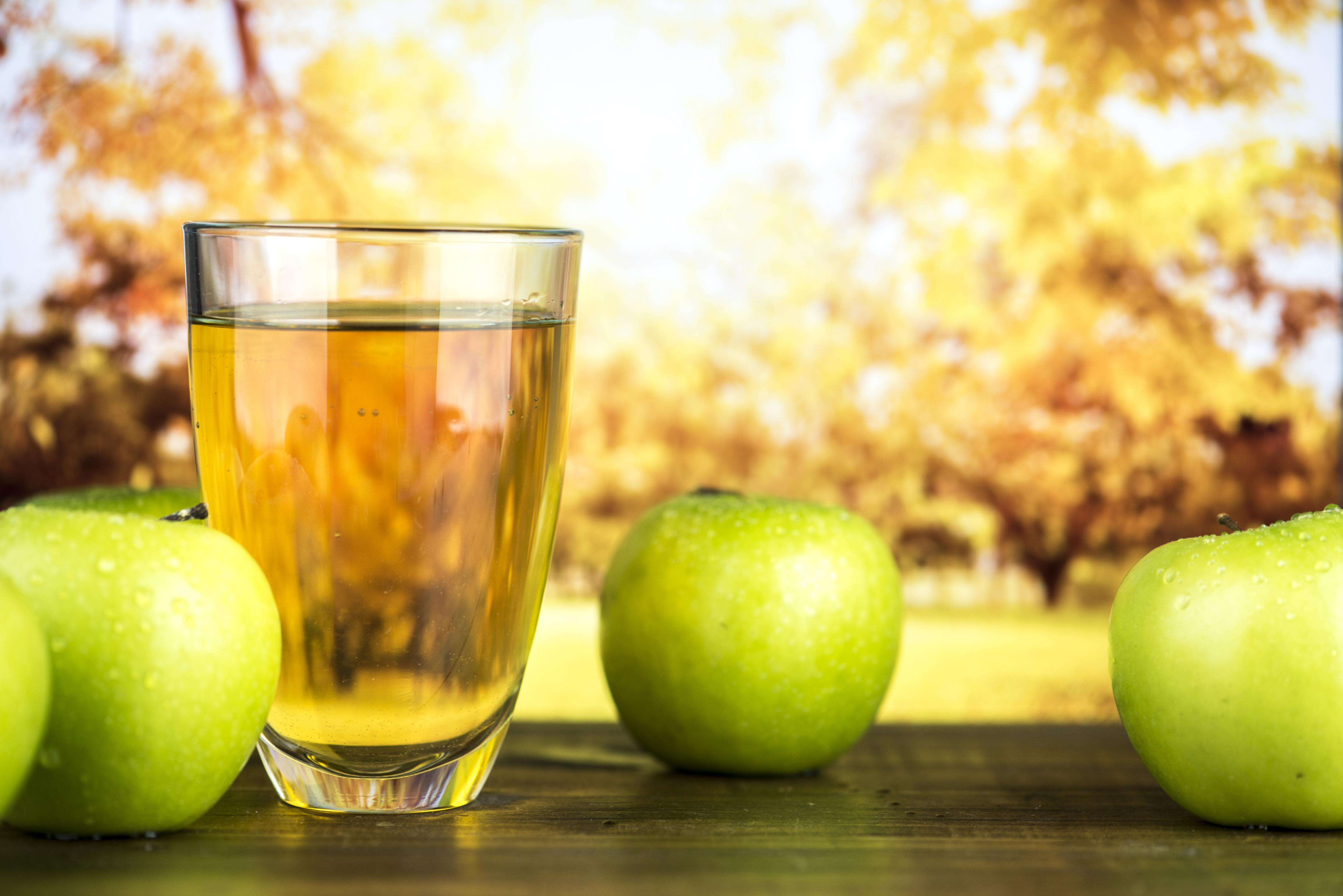 картинка сока яблочного отчасти вдохновили