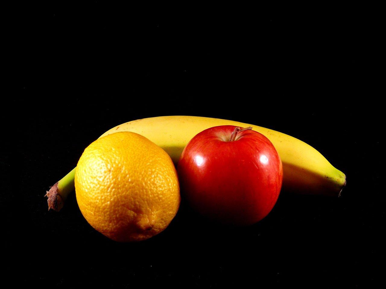 Картинки черные фрукты