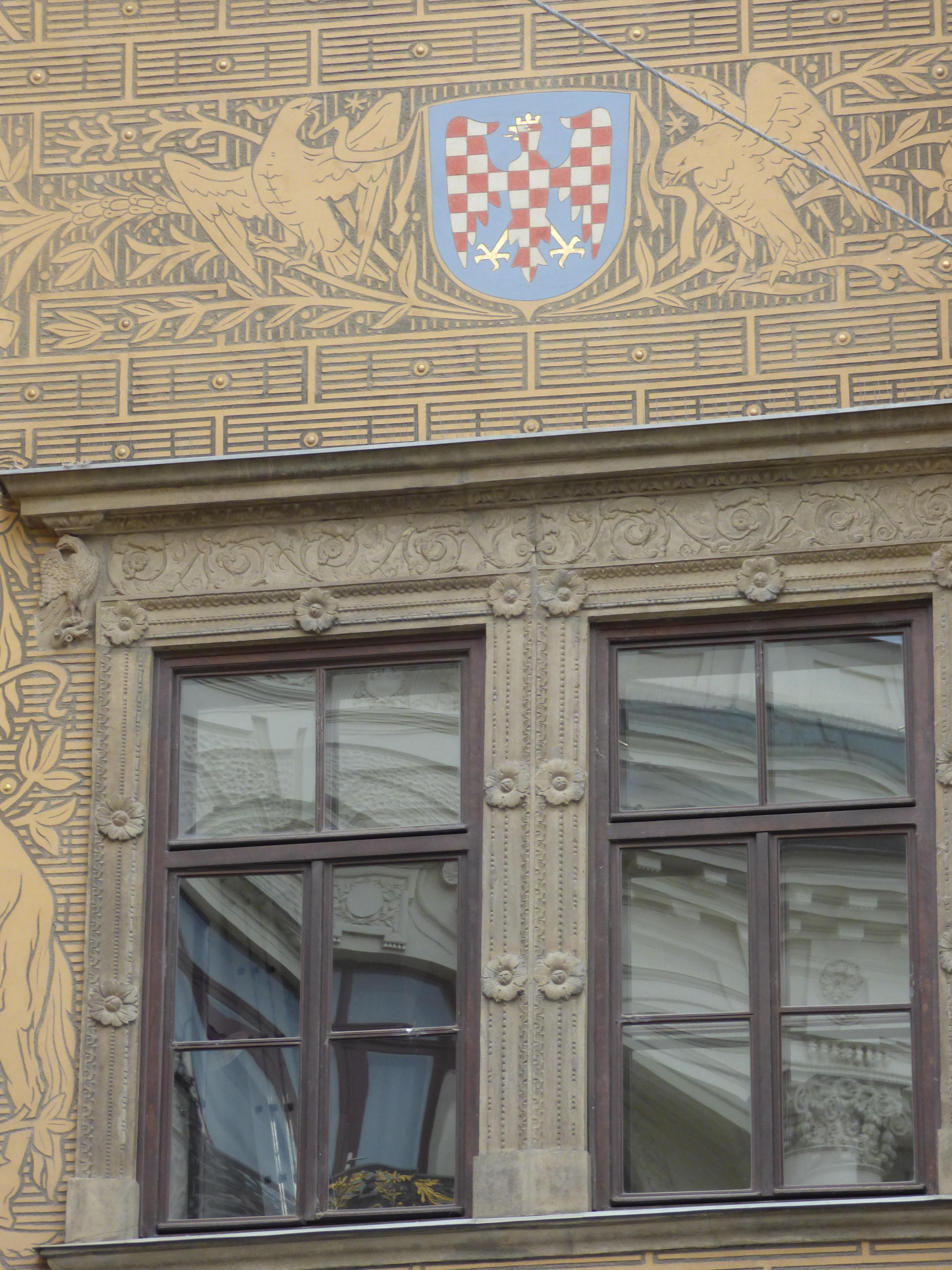 Fachadas de casas antiguas simple fachada de casas antigua europea fotos de stock with fachadas Interiores de casas antiguas fotos