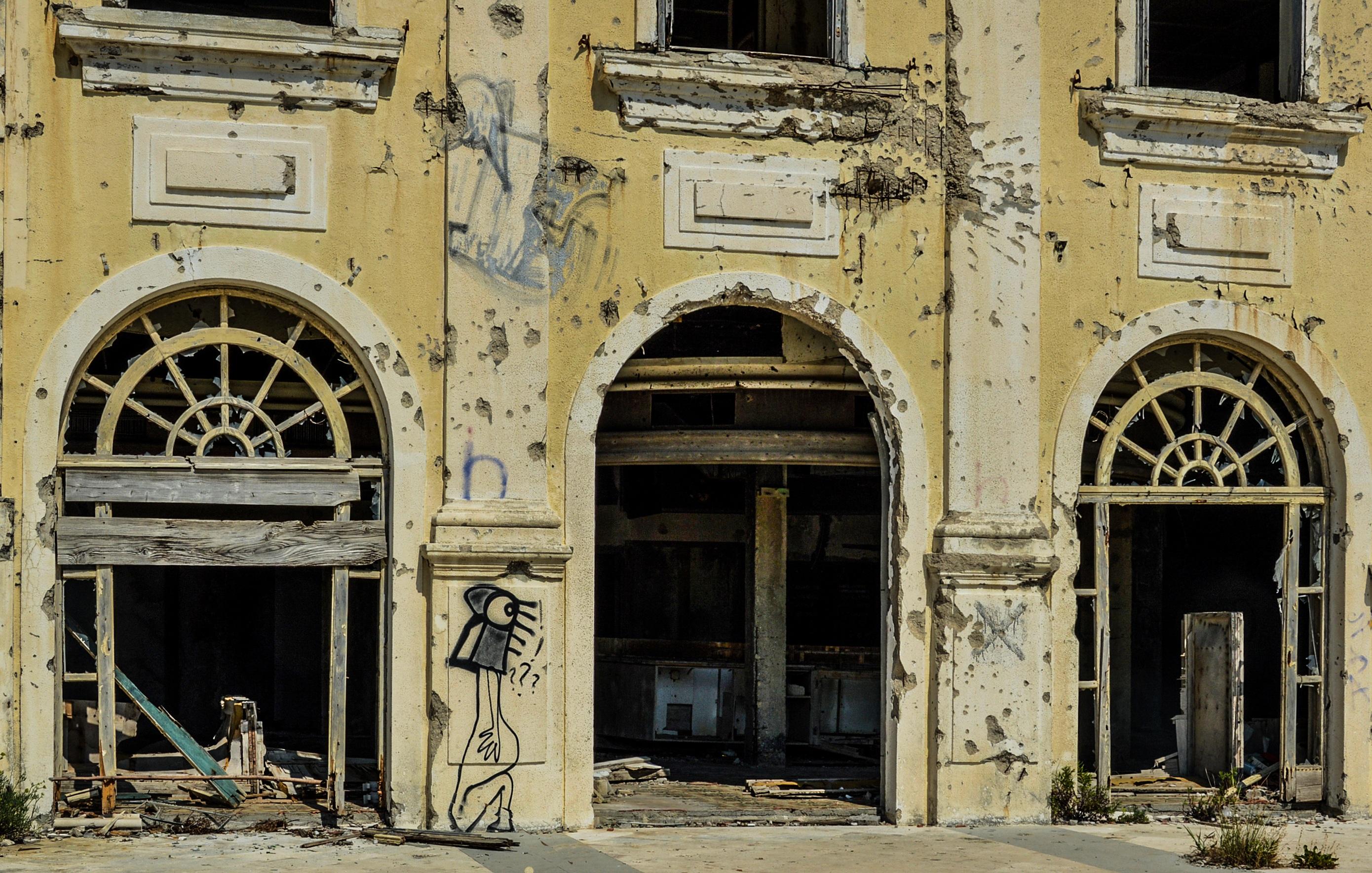 Kostenlose Foto Die Architektur Bogen Fassade Verlassen Kaputt