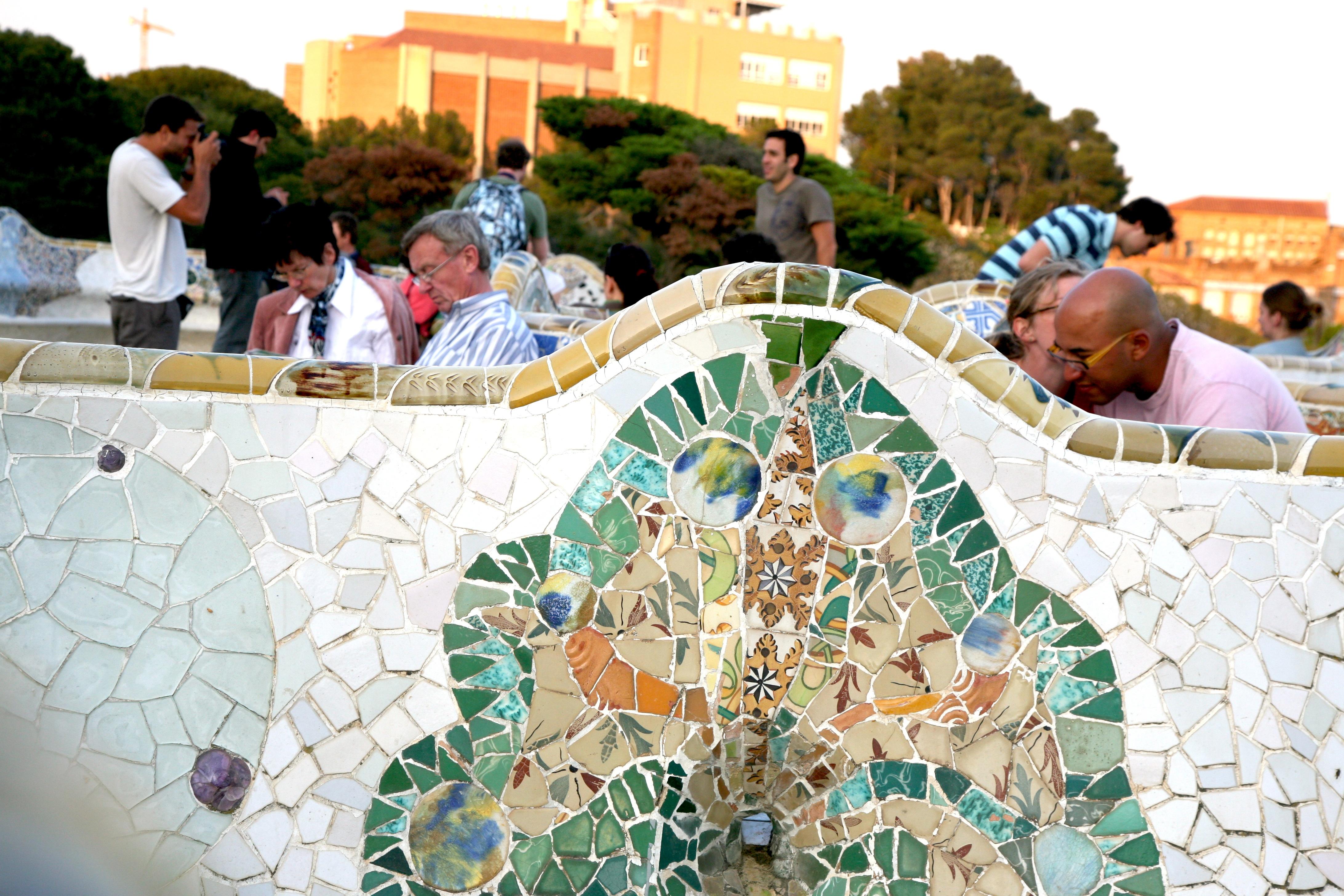 Fotos gratis arquitectura banco parque jard n for Barcelona jardin gaudi