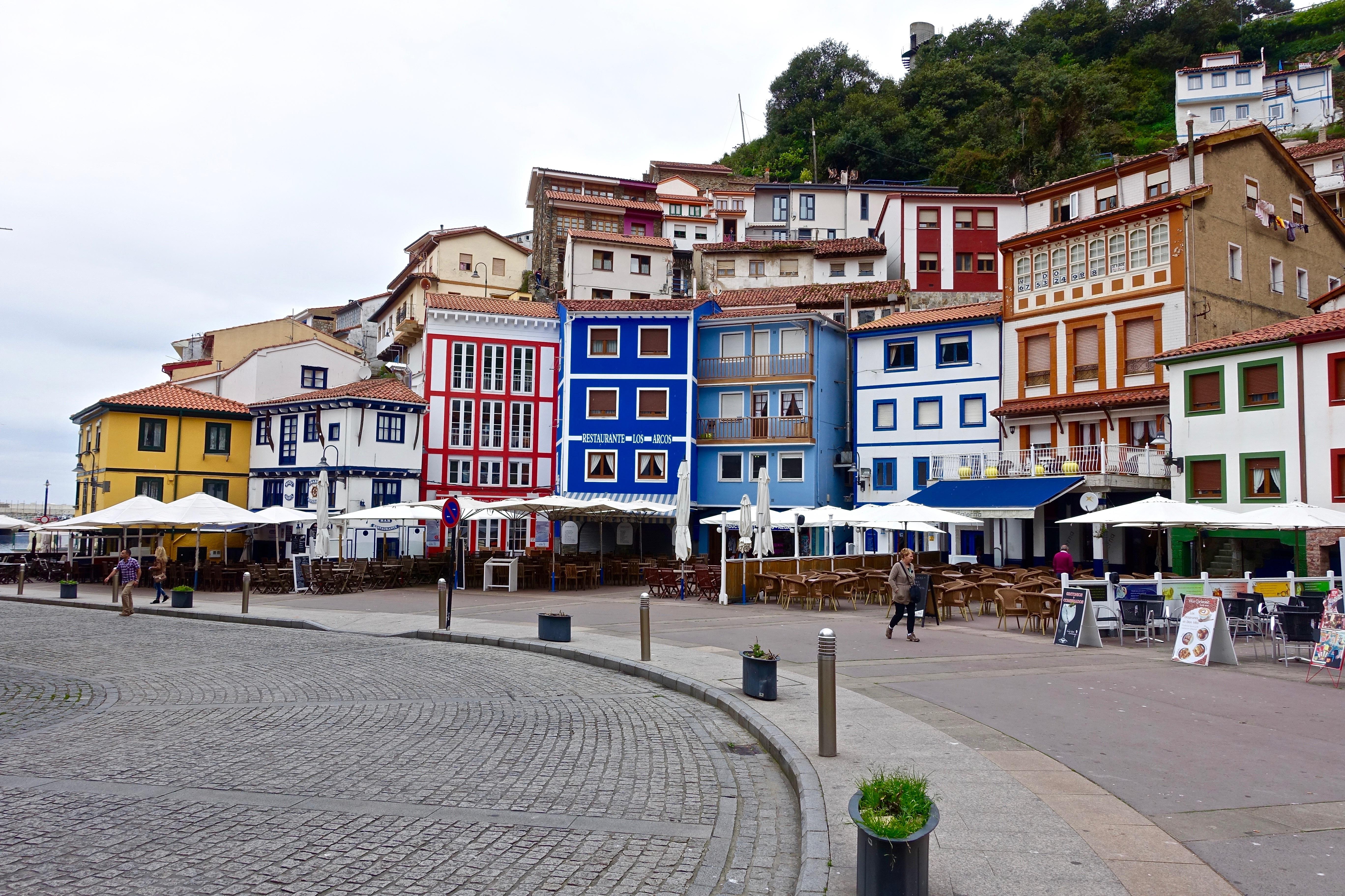 Fotos gratis arquitectura paseo mar timo la carretera - Casas gratis en pueblos de espana ...