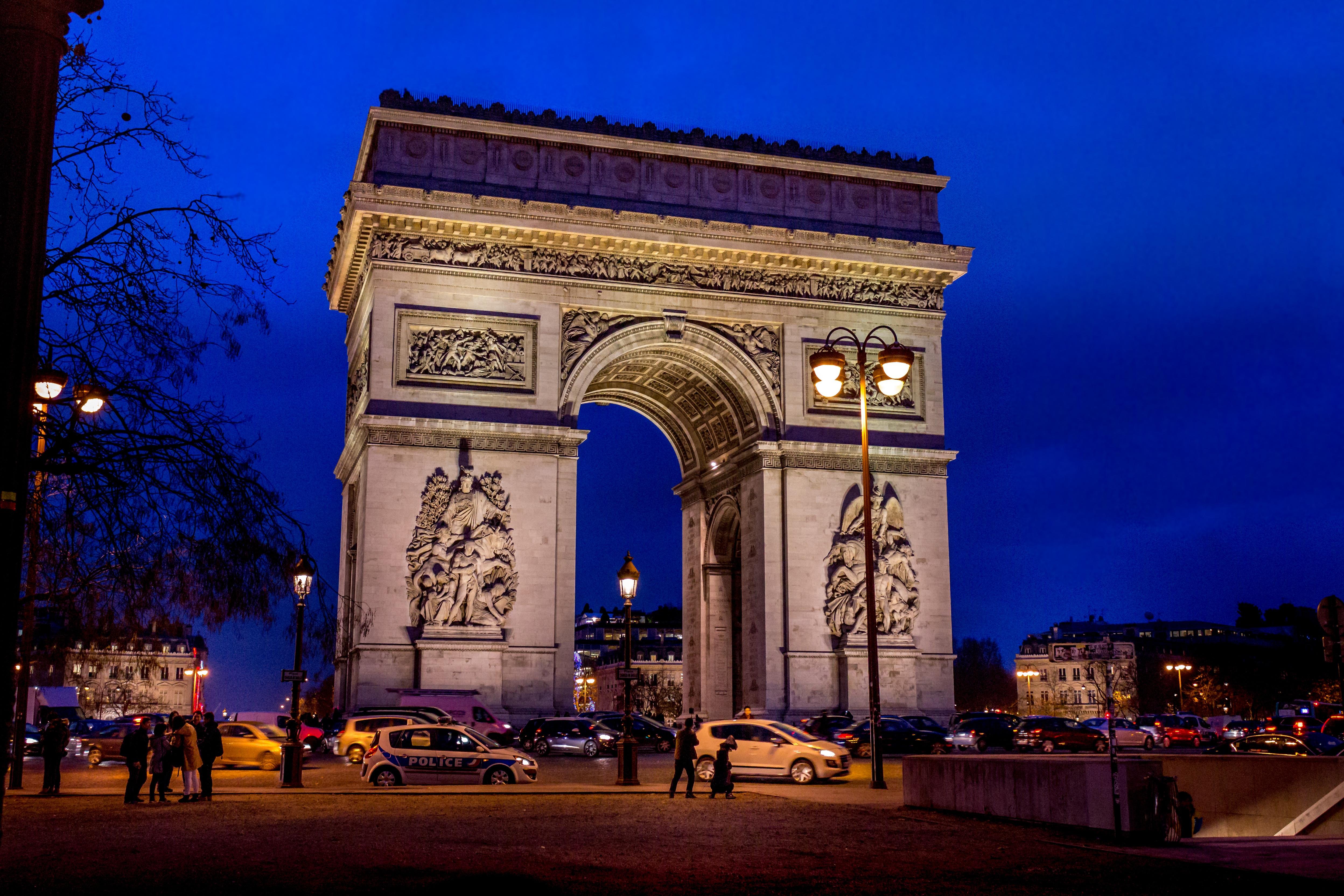 Картинки триумфальные арки в париже