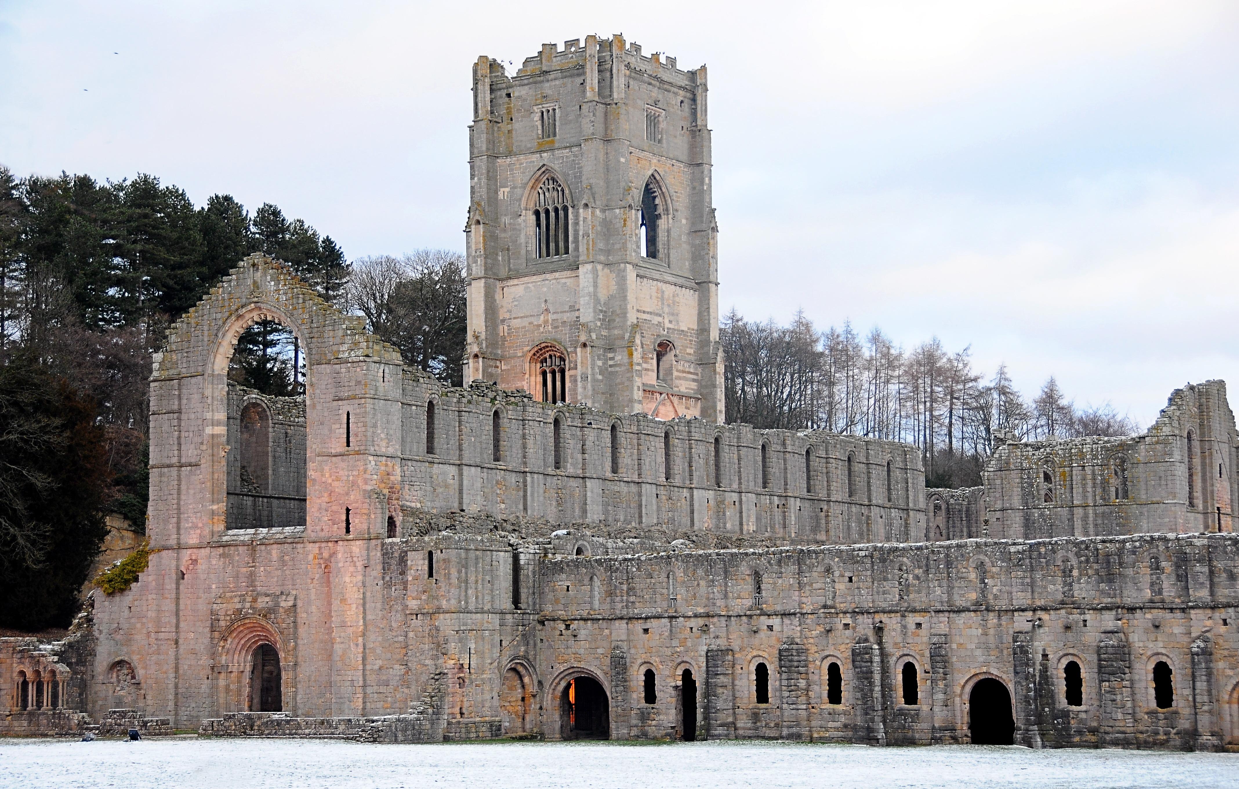 fotos gratis edificio castillo antiguo piedra religin iglesia catedral histrico cristiano lugar de adoracin arco arcos
