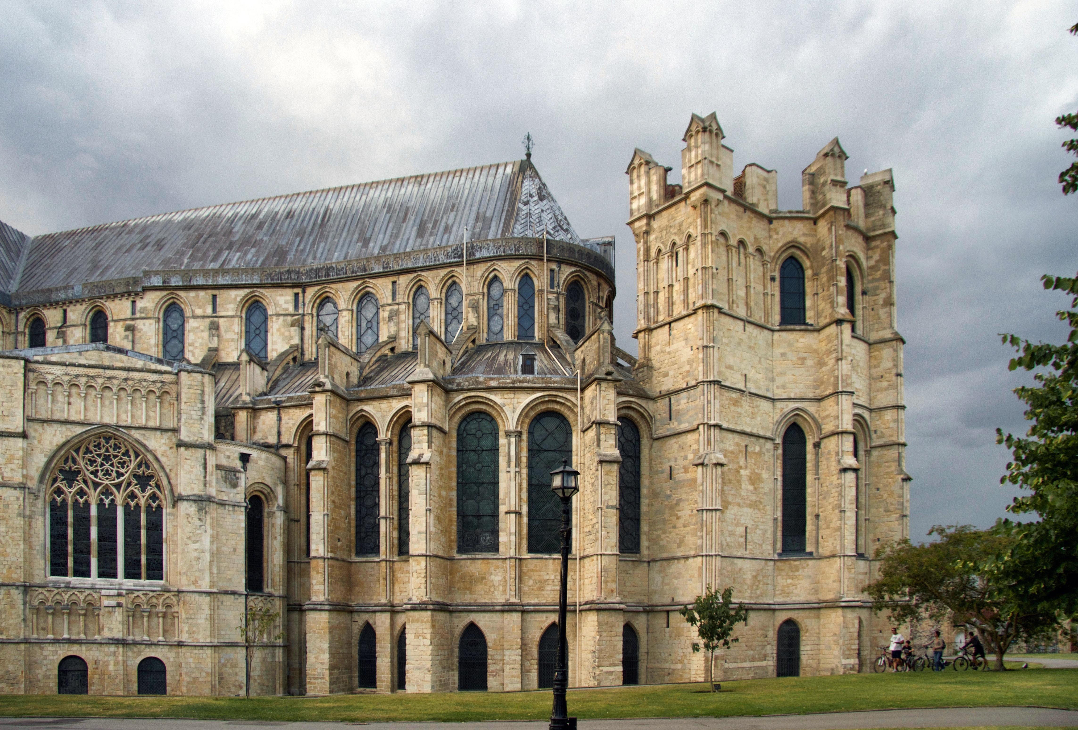 игрок картинка средневековый собор если