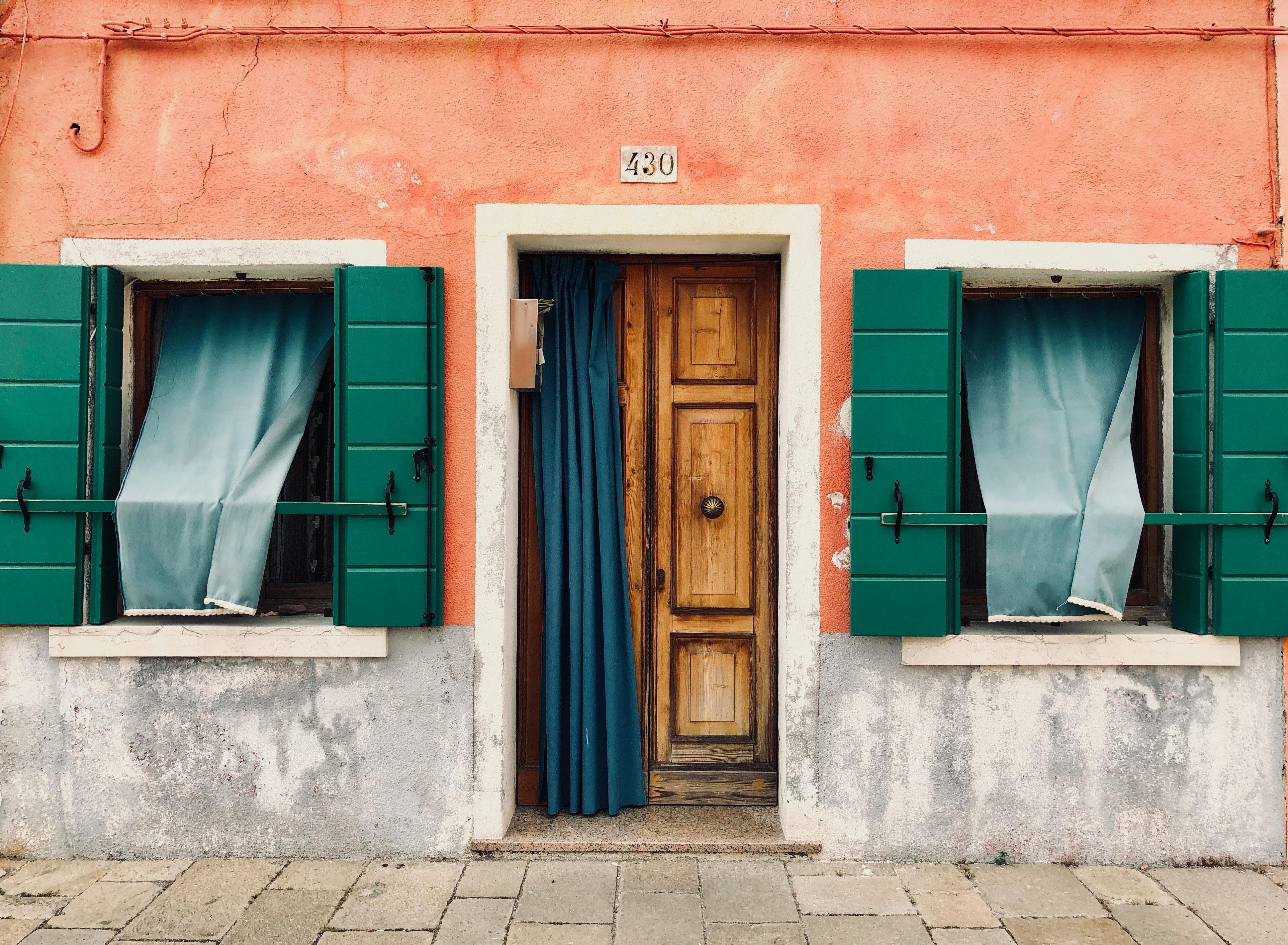 Kostenlose foto : die Architektur, Gebäude, Farben, Vorhänge ...