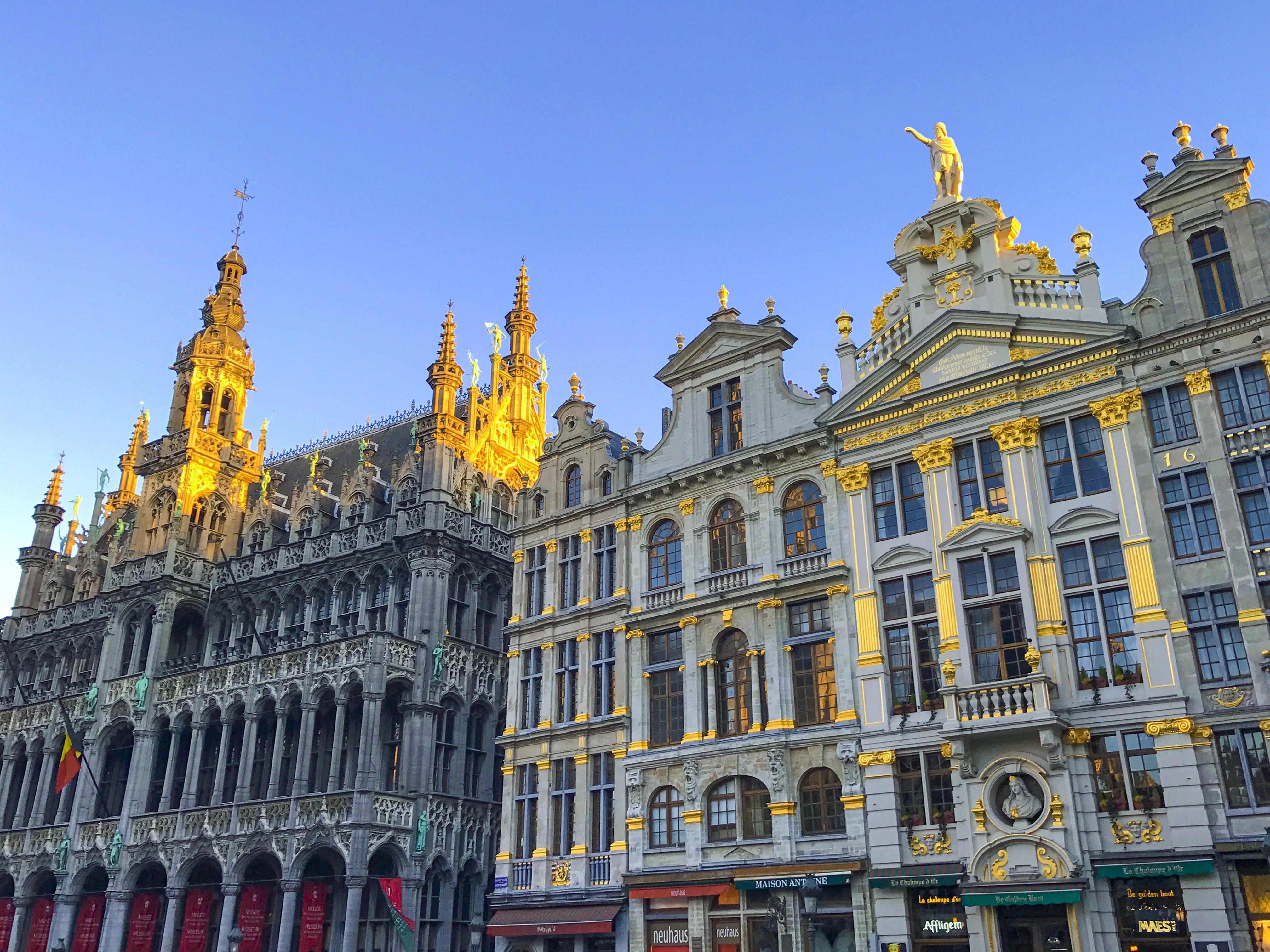 Images gratuites architecture b timent palais paysage - Piscine place de l europe montpellier ...