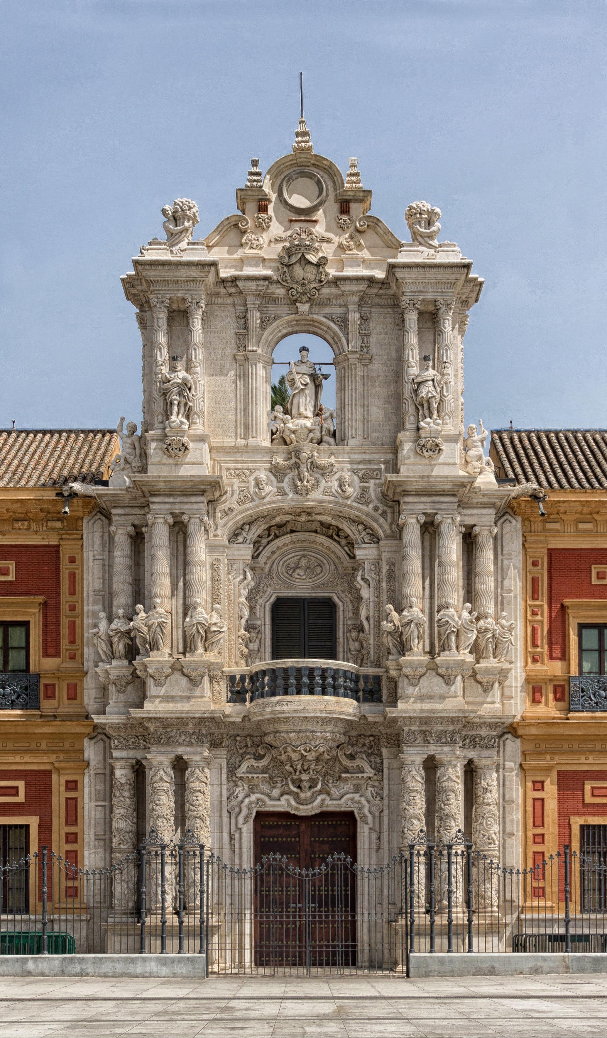 Immagini belle costruzione palazzo citt monumento for Architettura classica