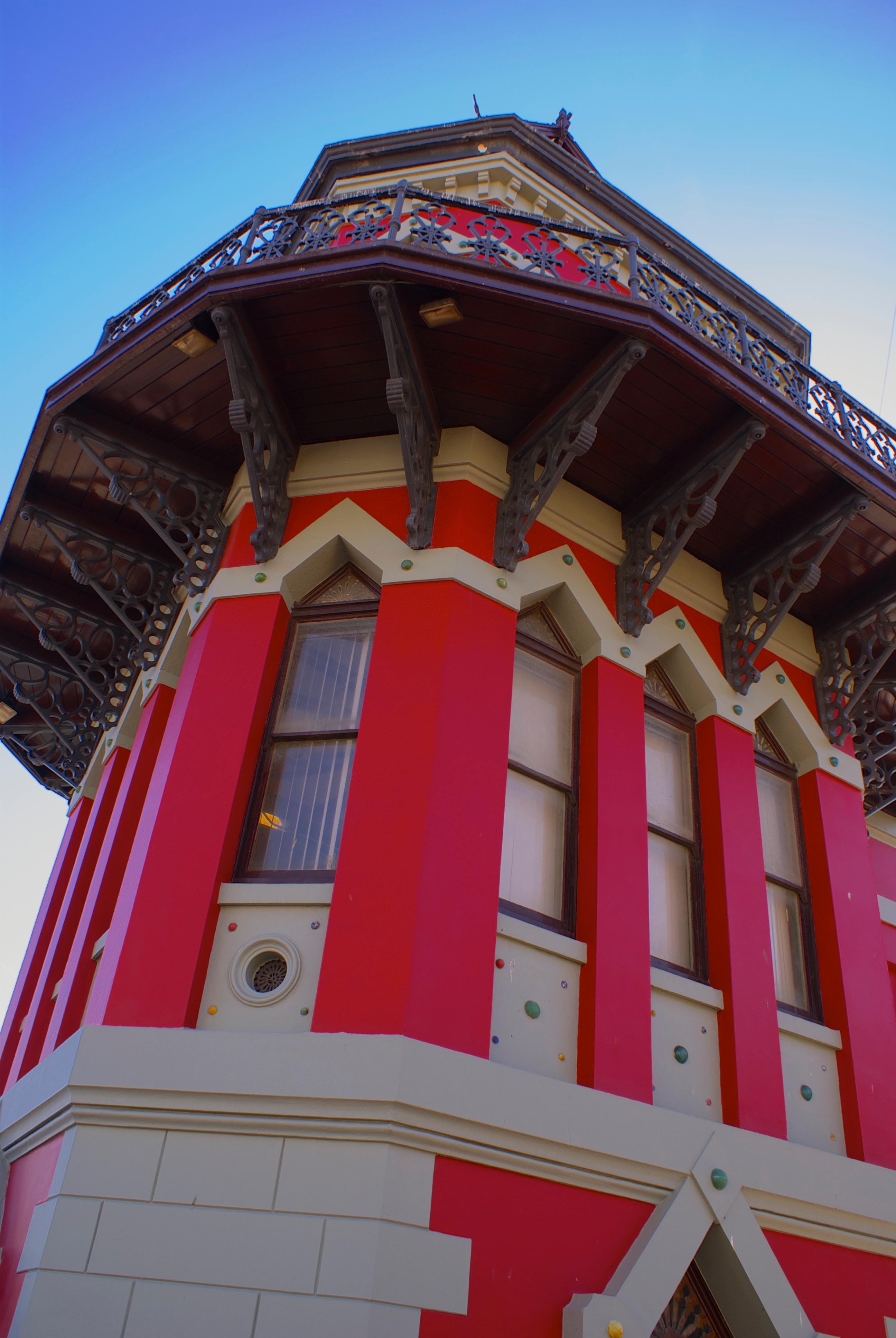 Kostenlose Foto Die Architektur Gebaude Rot Turm Farbe
