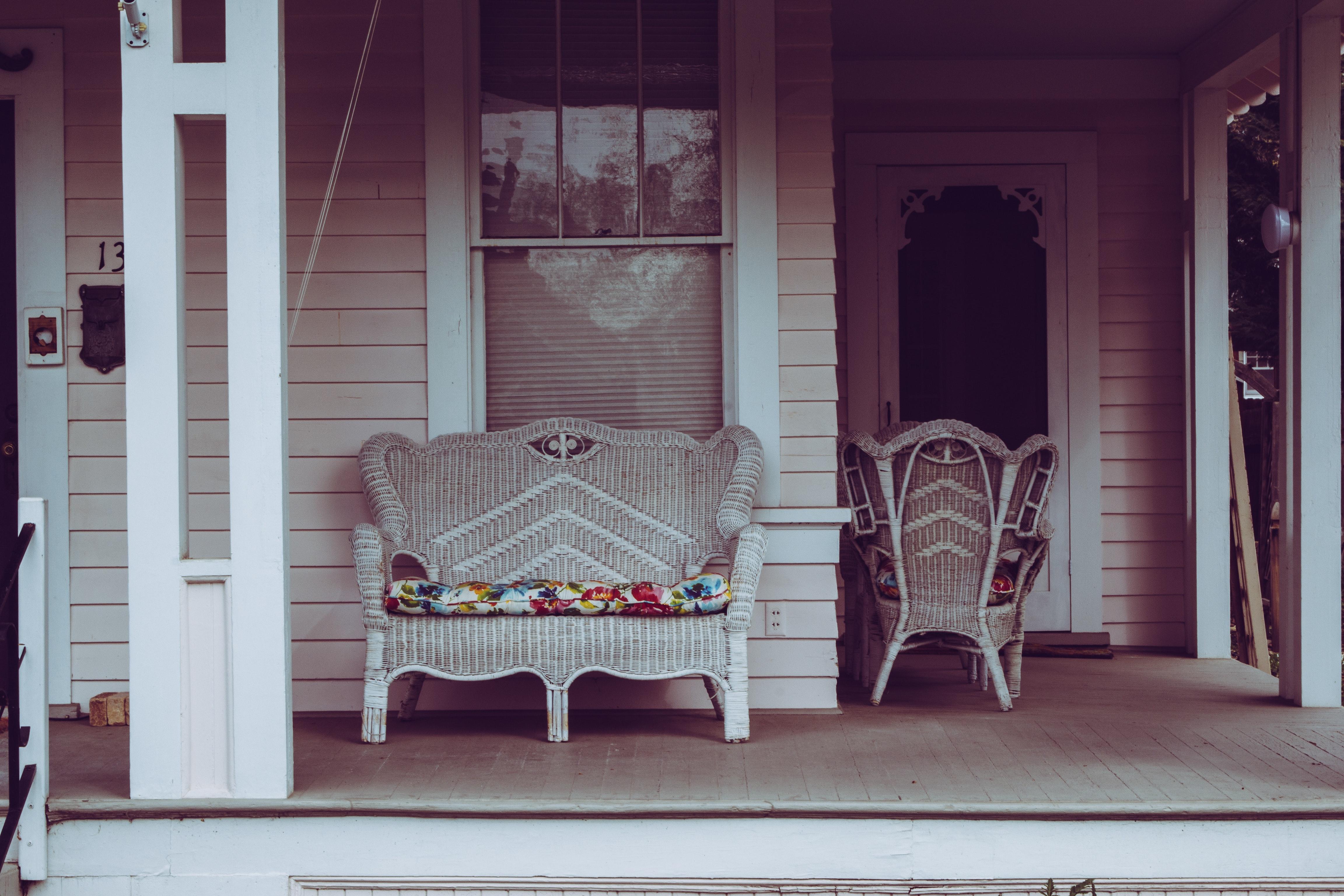 Images Gratuites Architecture Chaise Chaises Nettoyer Lumiere Du Jour Conception Porte Sol Le Porche Maison A Linterieur Mode De Vie Luxe