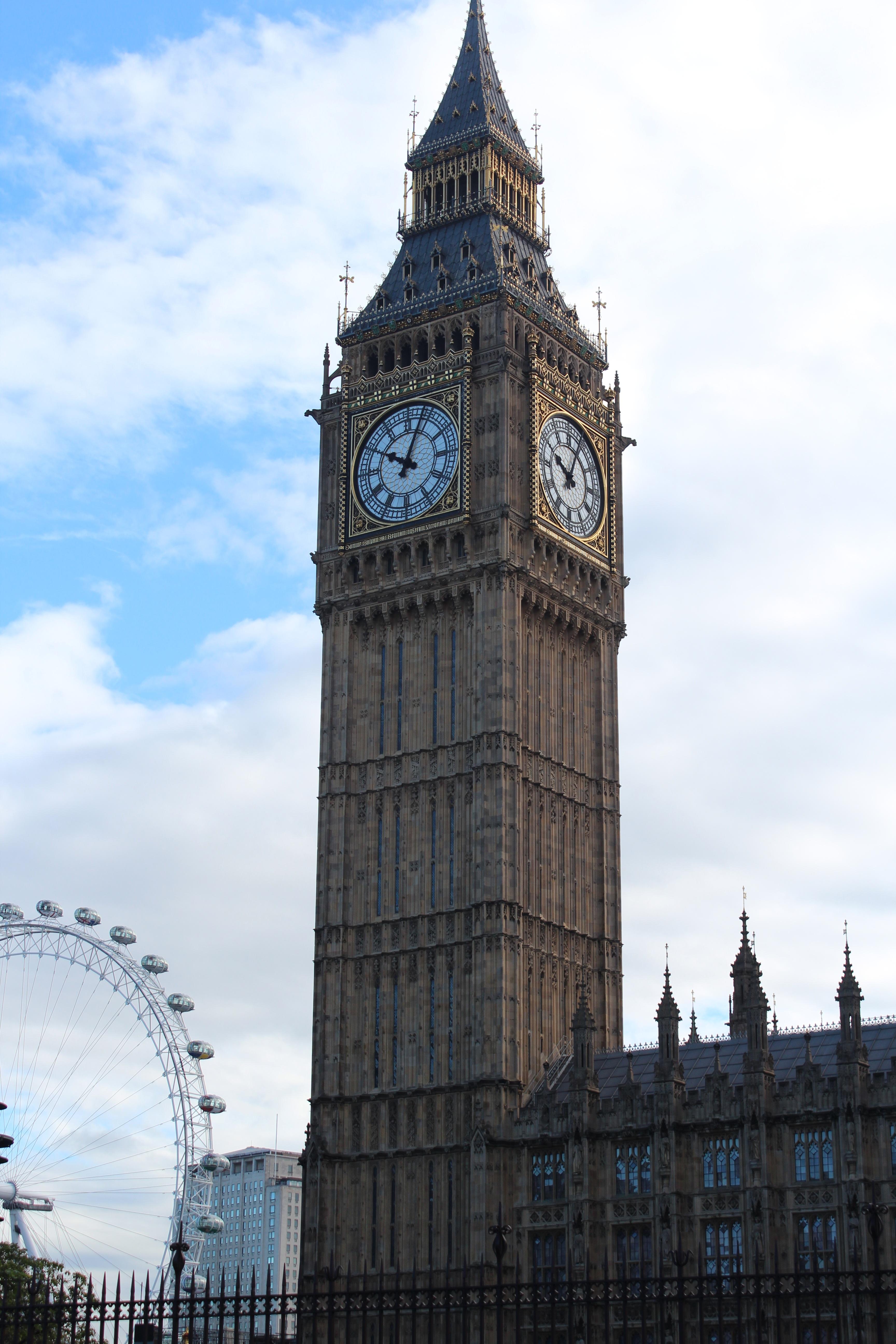 Tower Of London Buildings