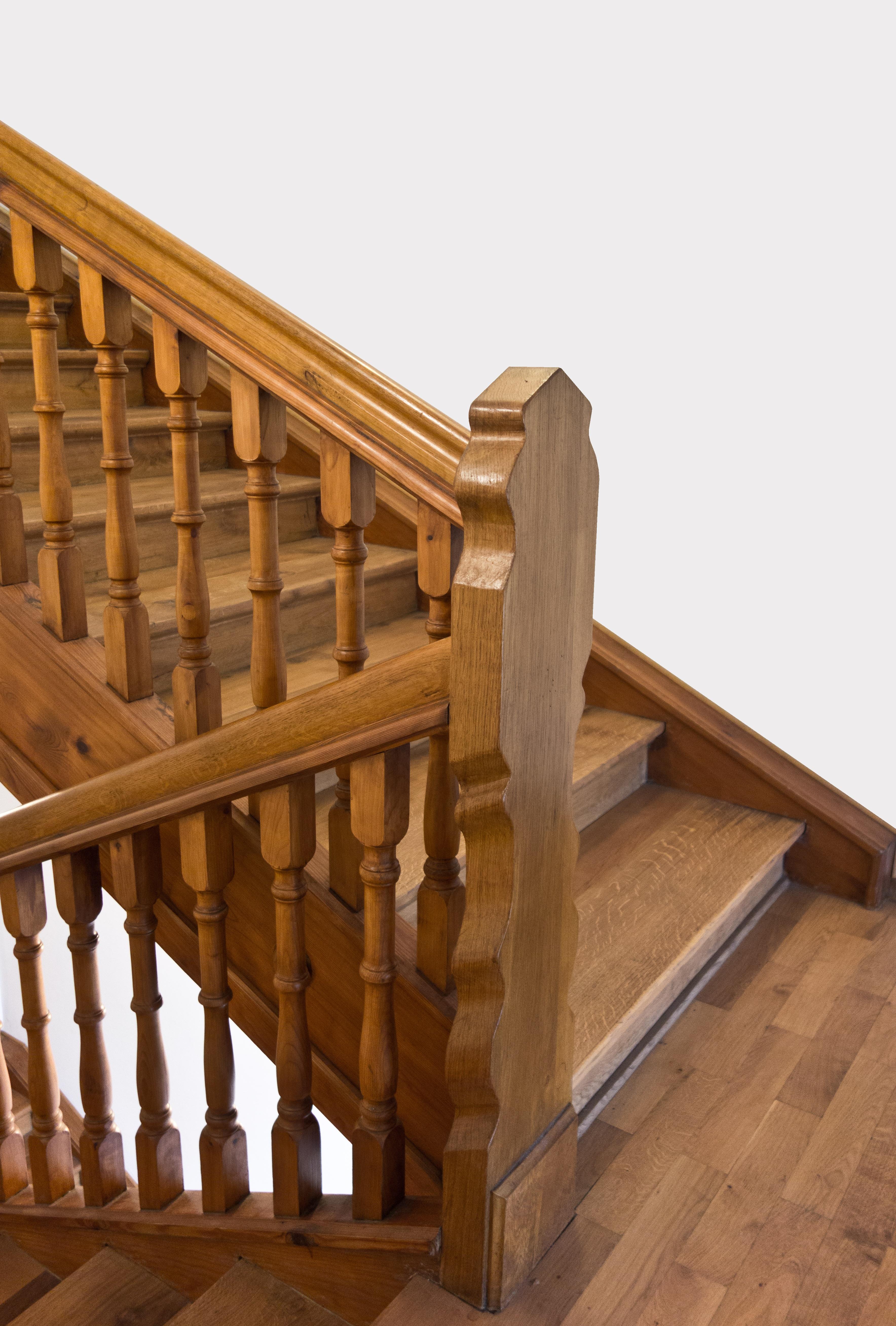 Fotos gratis arquitectura cubierta antiguo piso for Escalera de madera al aire libre precio