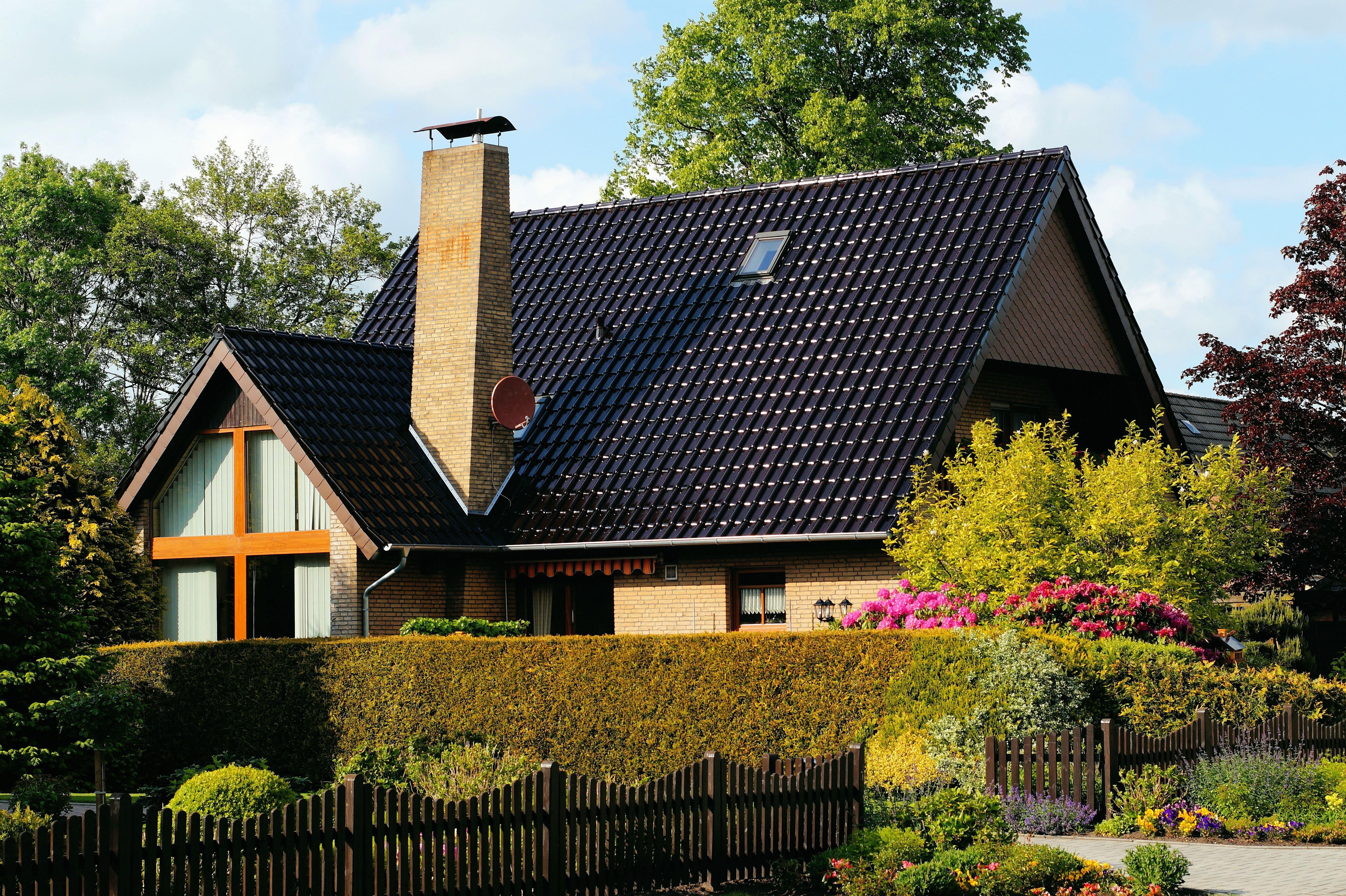 architecture ferme pelouse maison fentre toit btiment maison banlieue chalet arrire cour faade proprit jardin