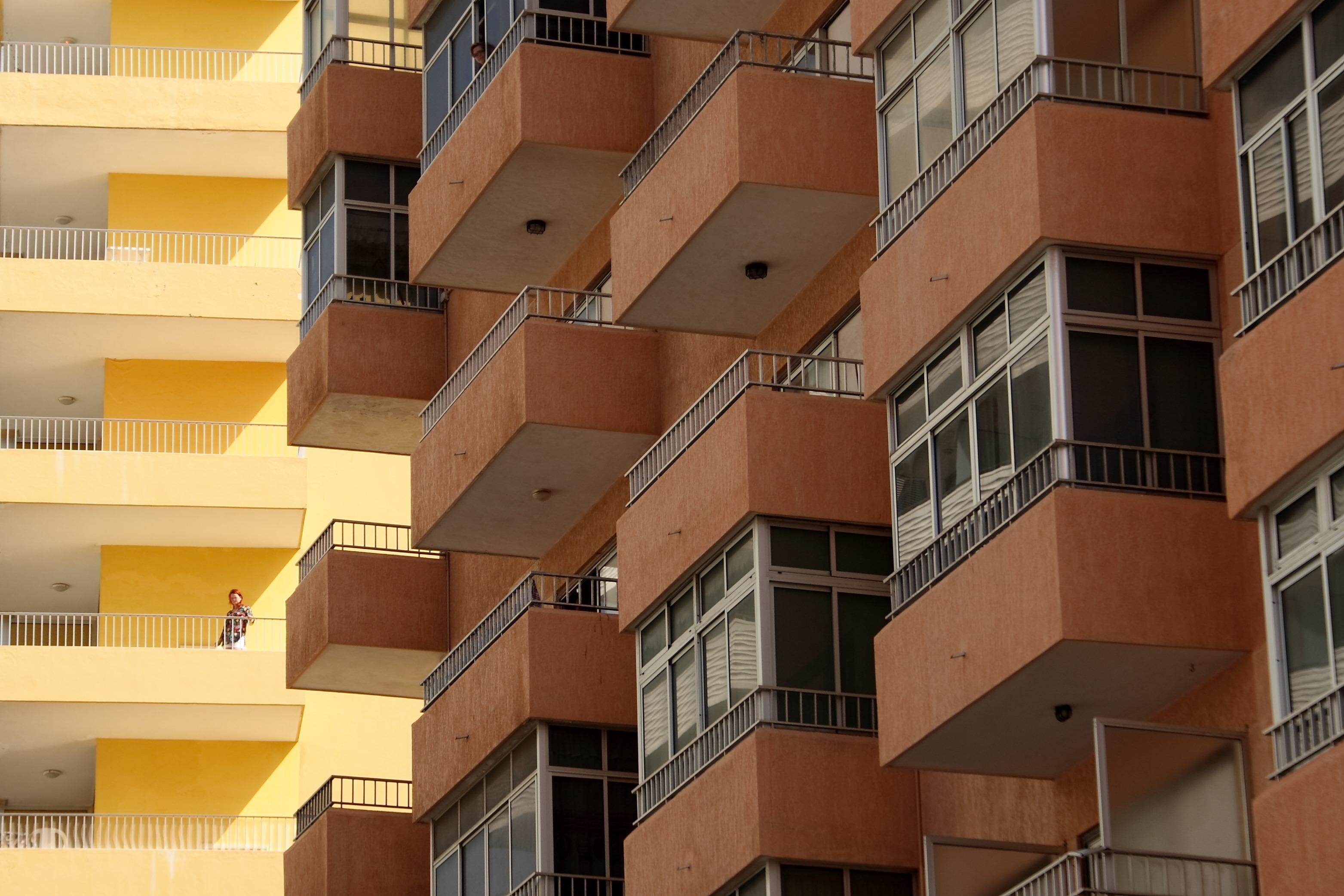 Картинки : архитектура, здание, небоскреб, балкон, день отды.