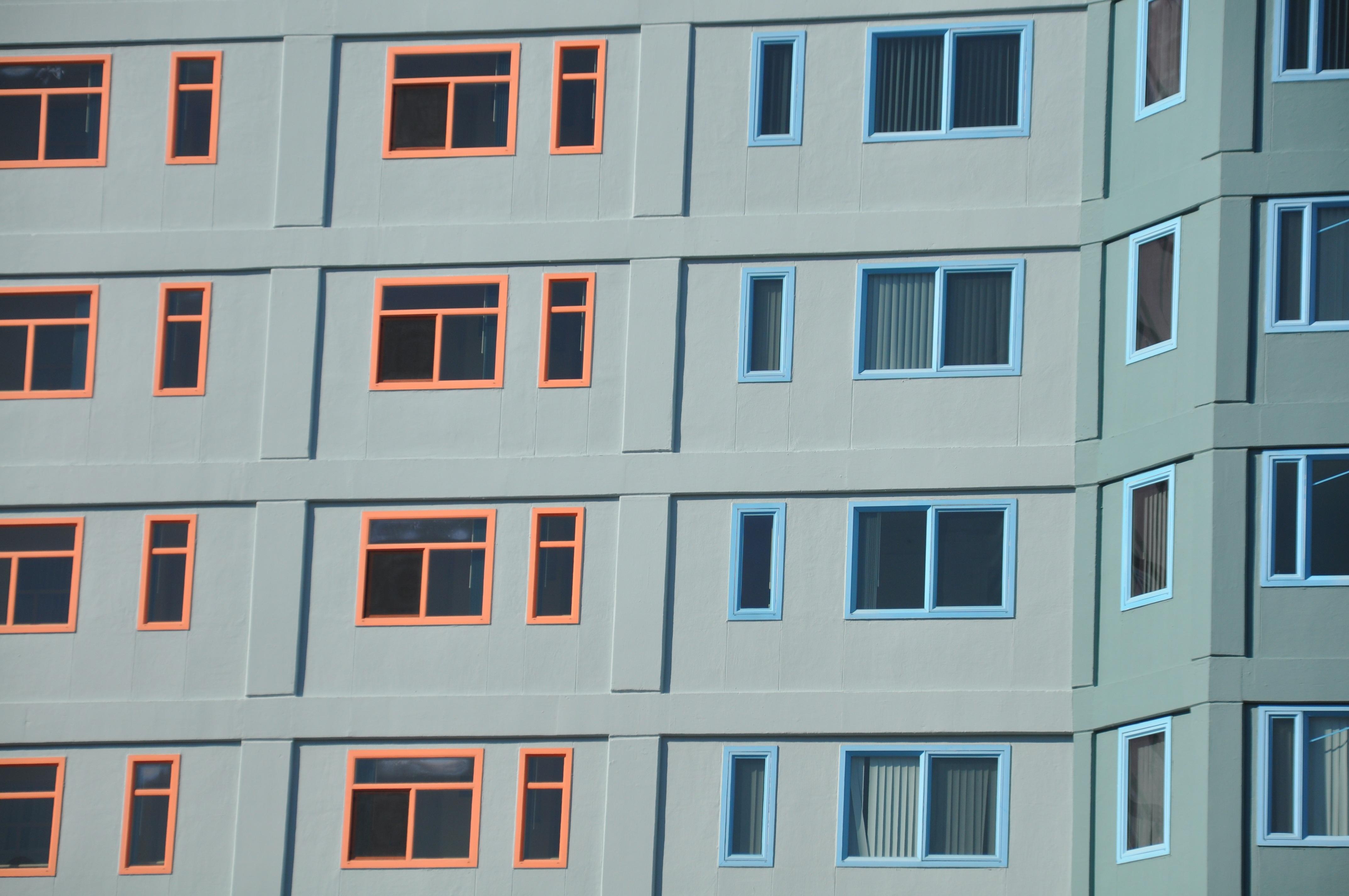 images gratuites architecture maison nombre vue b timent mur ligne rouge couleur. Black Bedroom Furniture Sets. Home Design Ideas