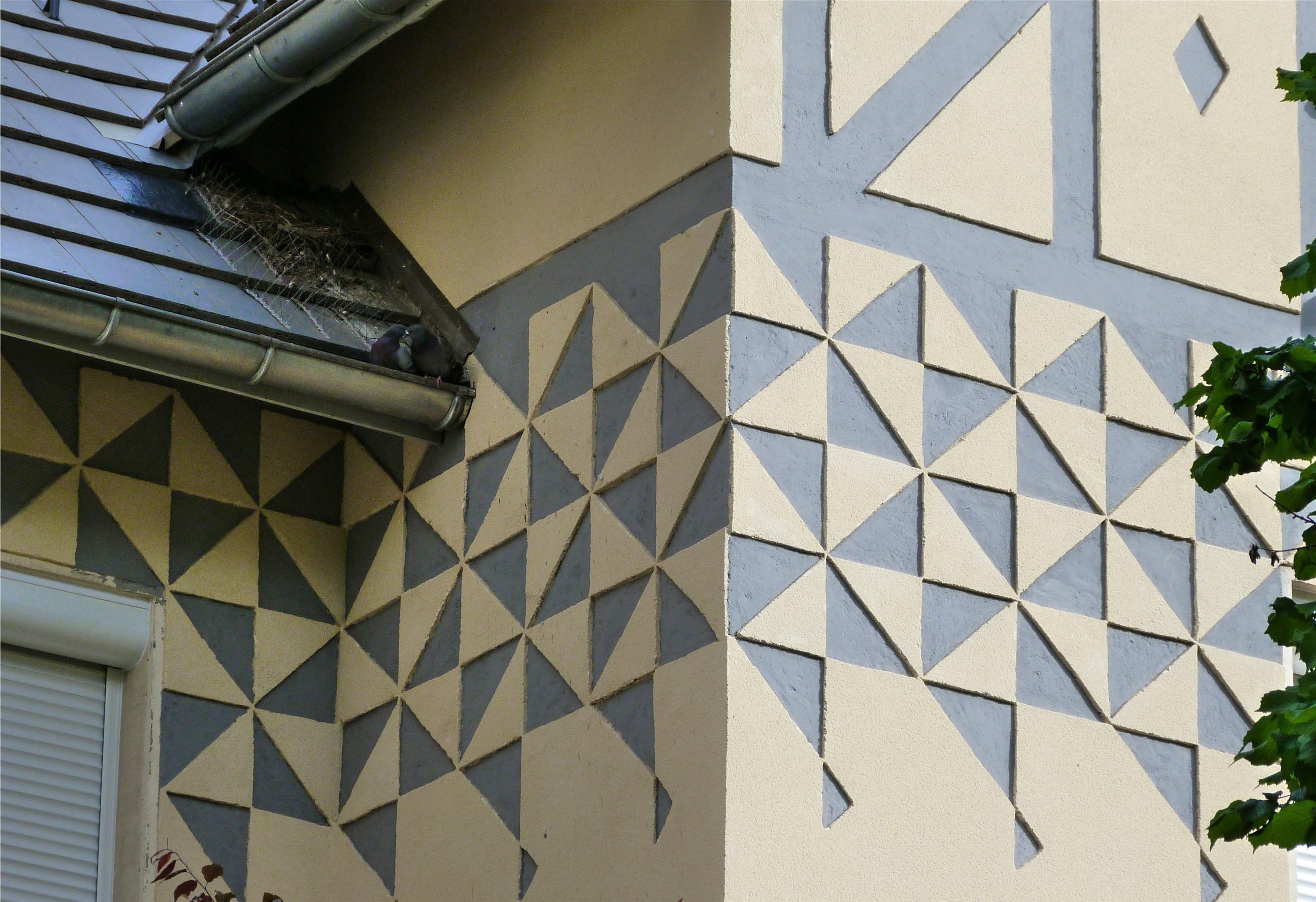 gambar : arsitektur, jendela, atap, dinding, geometri, warna, kotak