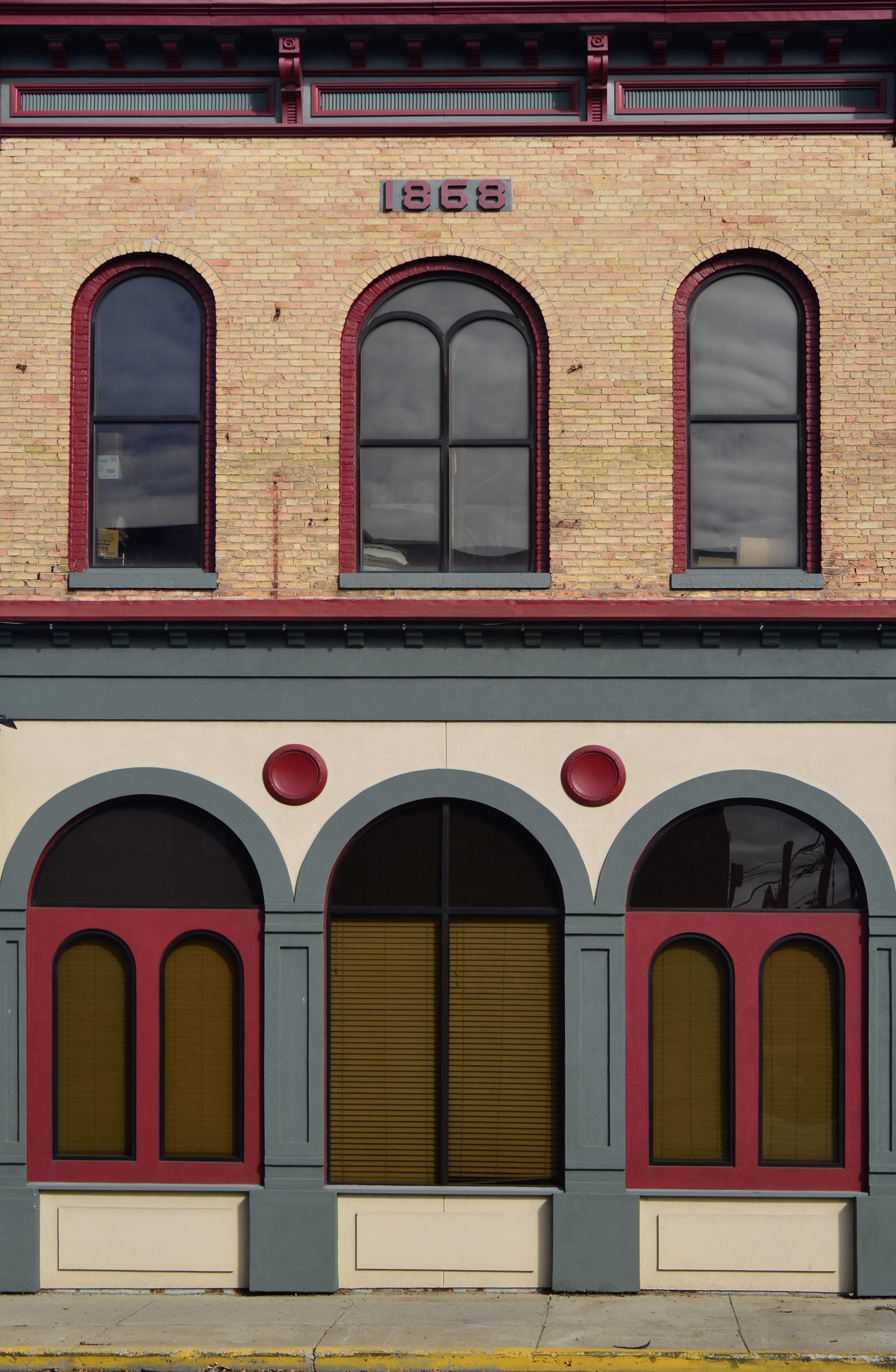 casa ventana pared arco rojo color estados unidos fachada exterior ladrillo puerta diseo de interiores