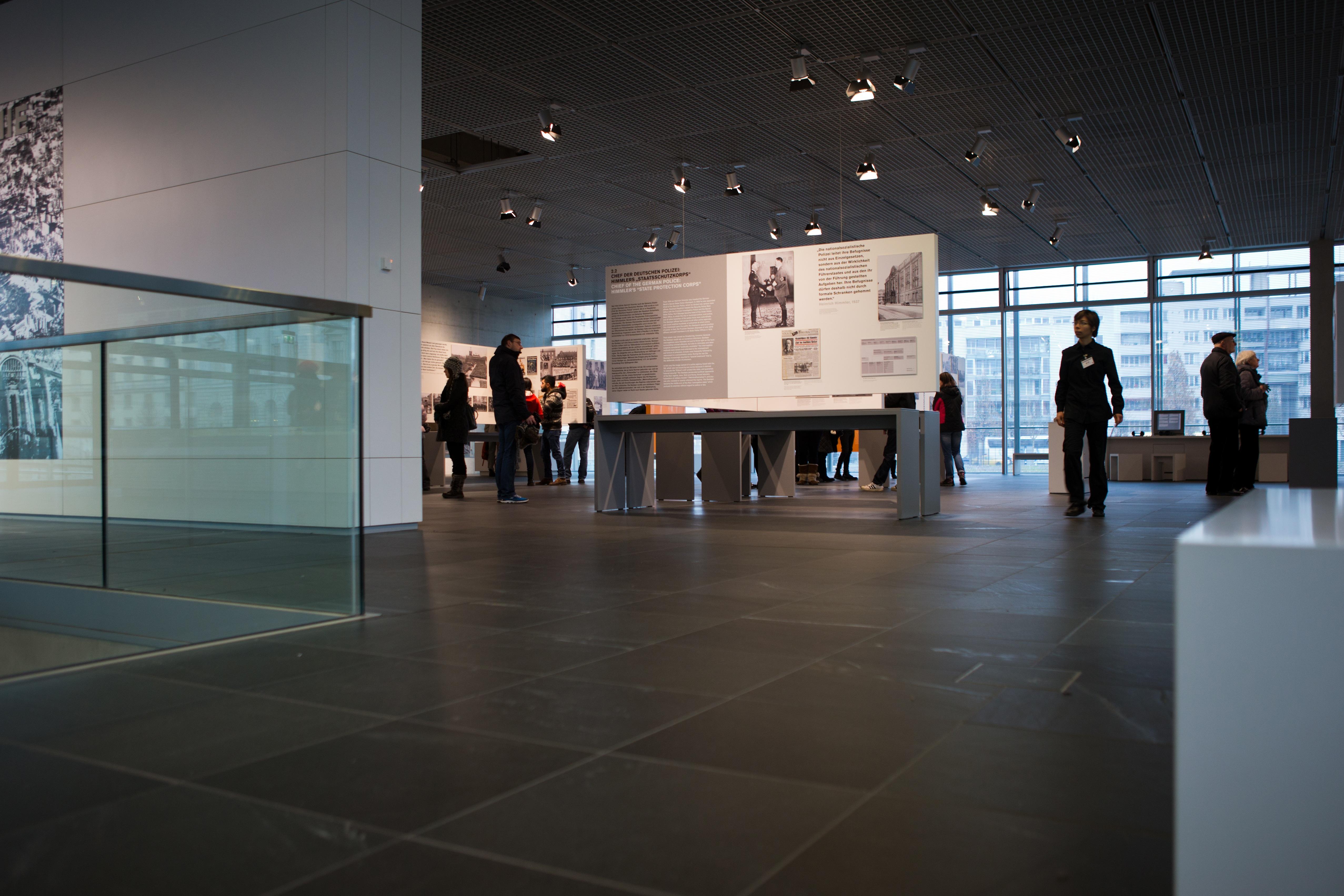 Fotos gratis arquitectura interior museo dise o de for Arquitectura interior