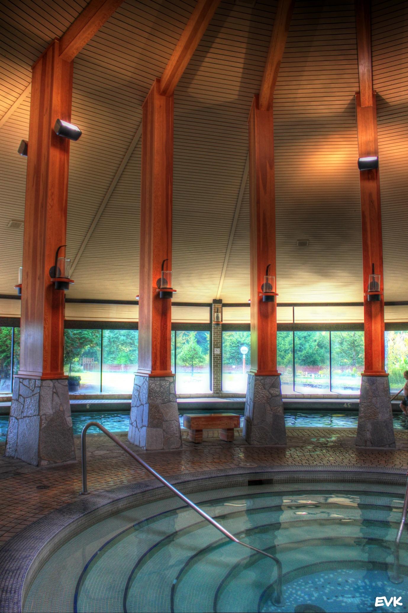 Images gratuites architecture manoir b timent piscine for Eclairage d interieur