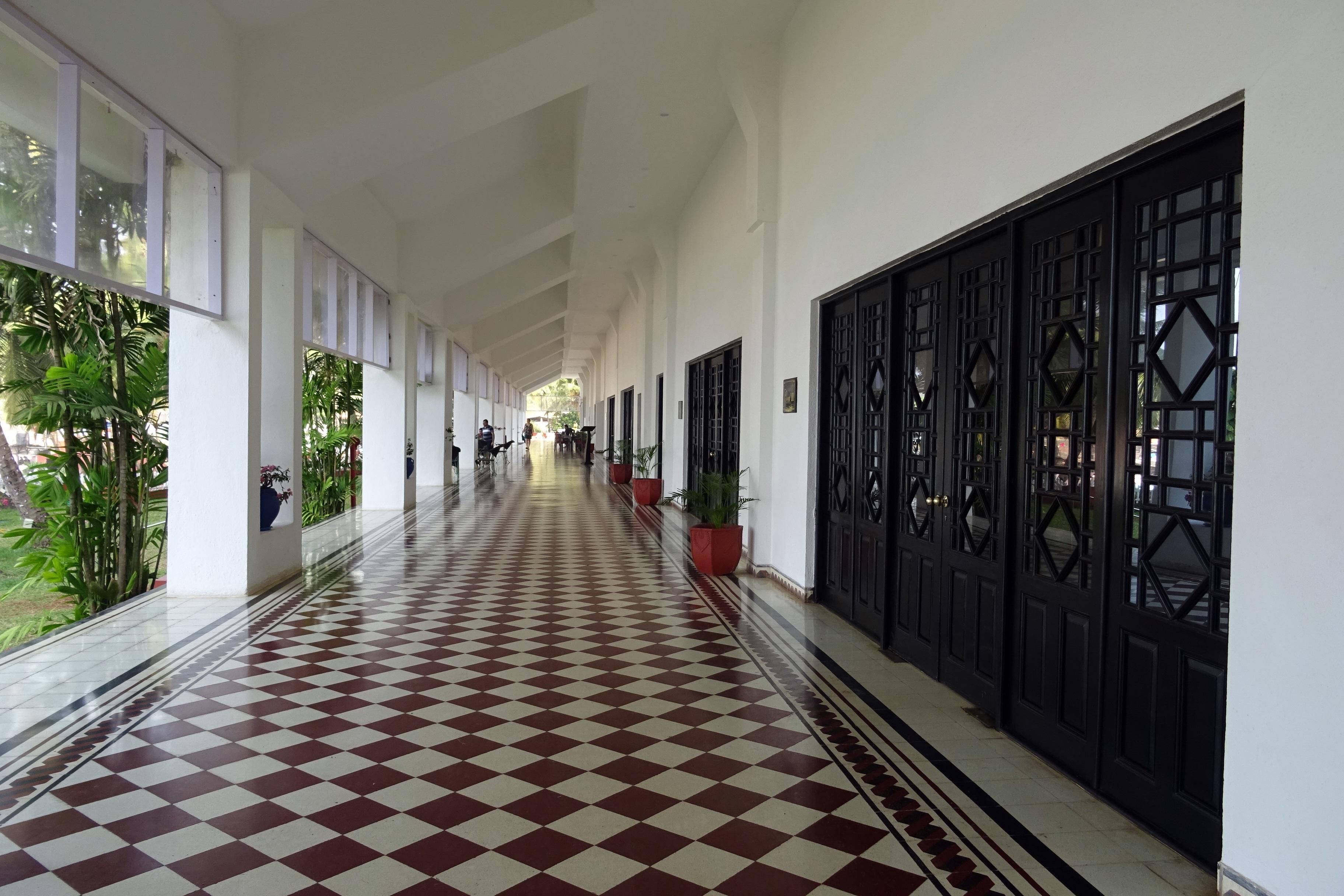 Fotos gratis arquitectura palacio piso interior for Diseno de interiores formacion profesional
