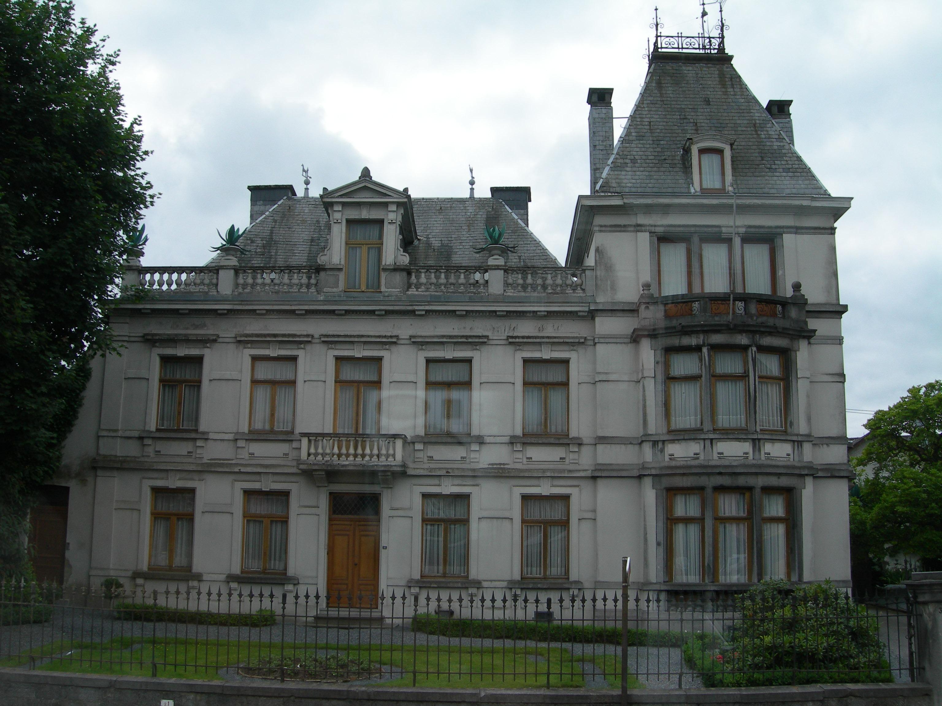 Fotos gratis arquitectura edificio castillo antiguo punto de referencia fachada b lgica for Casa home belgique