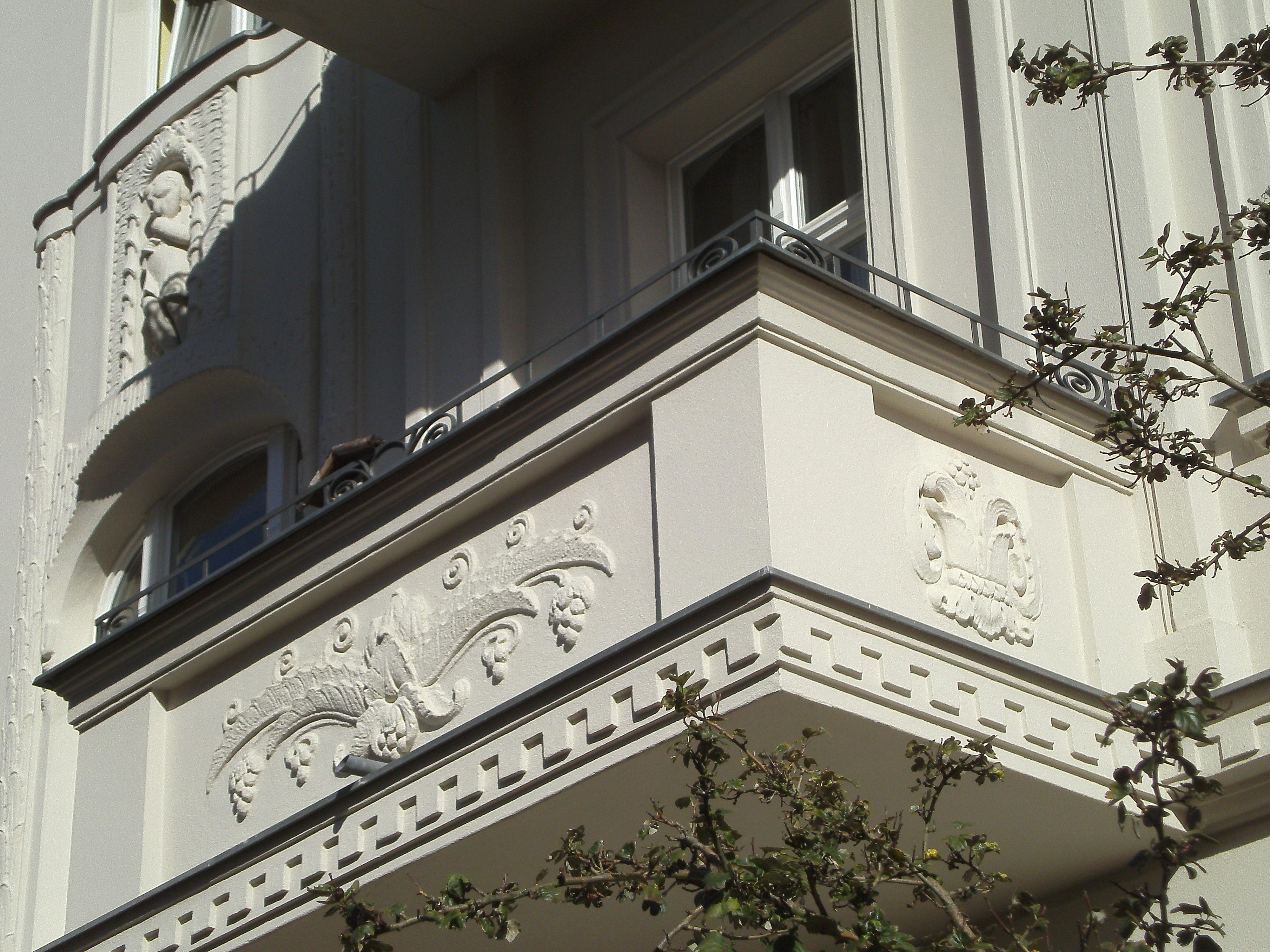 Images gratuites architecture manoir maison fen tre for Balcon facade maison