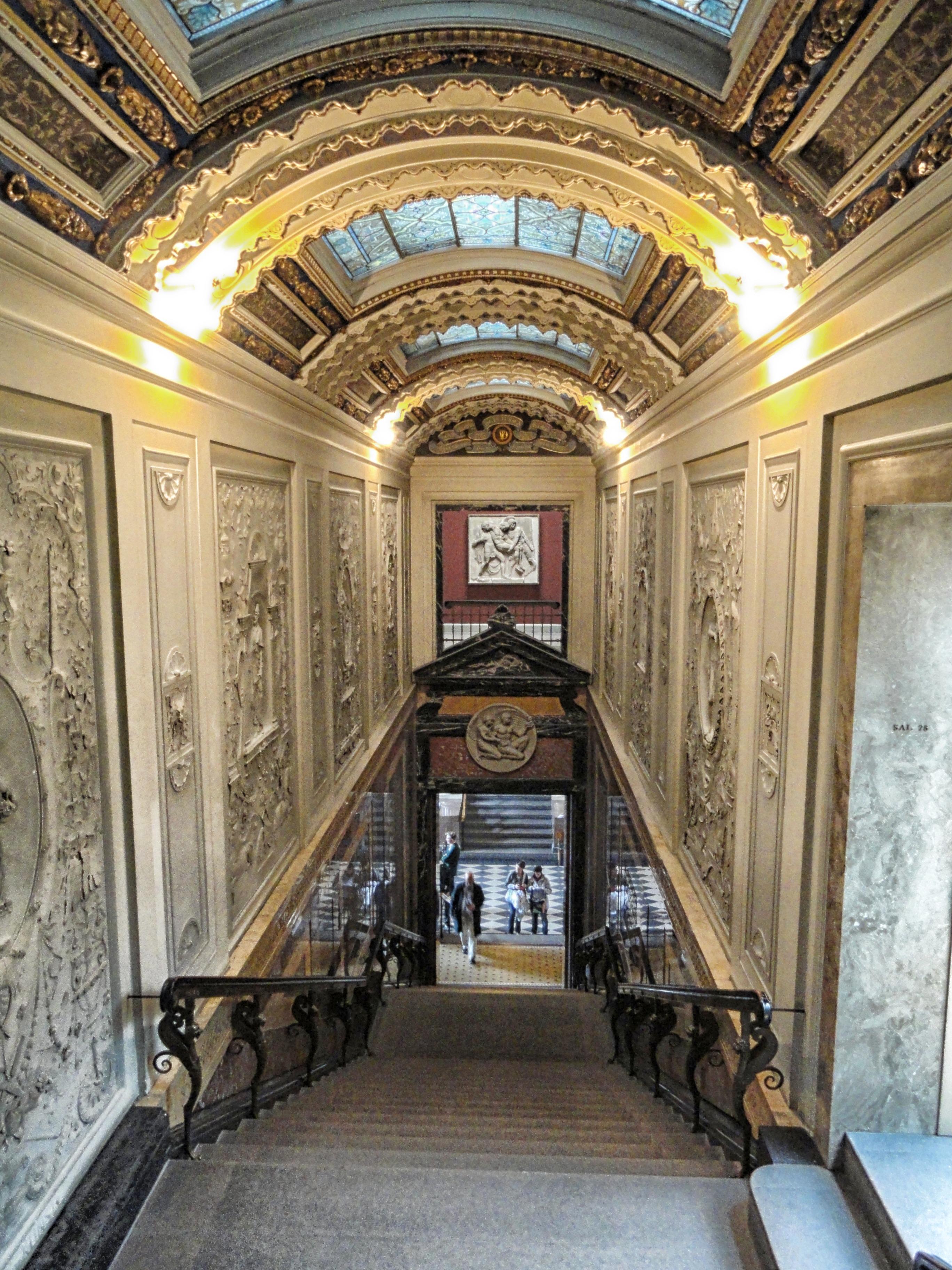 Die Architektur Villa Innere Gebäude Palast Schritte Halle Kapelle Treppe  Beleuchtung Innenarchitektur Innen Hotel Dänemark Kopenhagen