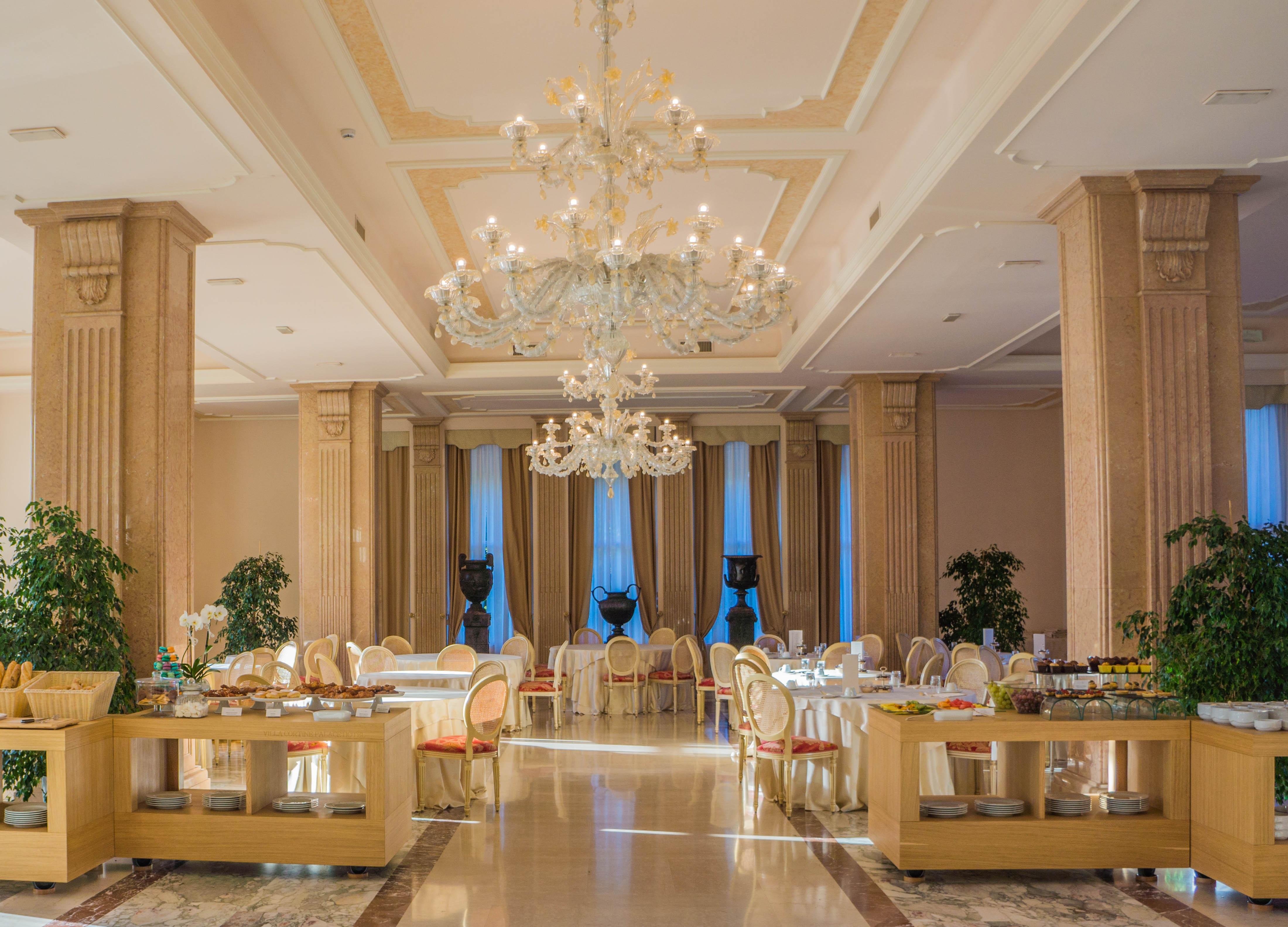 Fotoğraf Mimari Konak Restoran Saray Ev Tavan