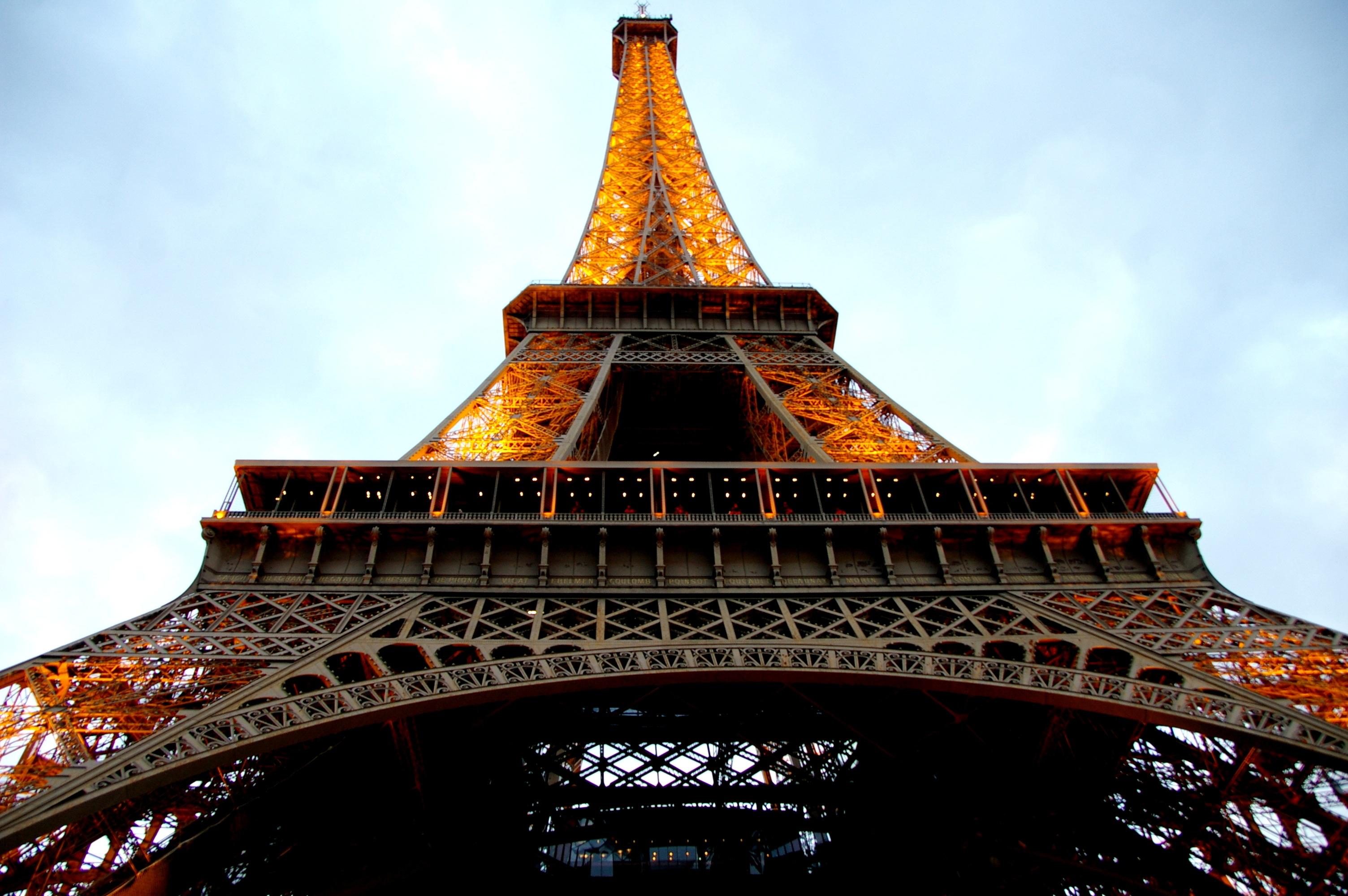 Bildet Arkitektur Natt Utsikt Bygning Eiffeltarnet Paris Speilbilde Tarn Landemerke Gudshus Tur Eiffel Tinning Pagoda Ingenior Utformingen Av Stalkonstruksjon Hovedstaden I Frankrike 3008x2000 1290711 Bilder Gratis Pxhere