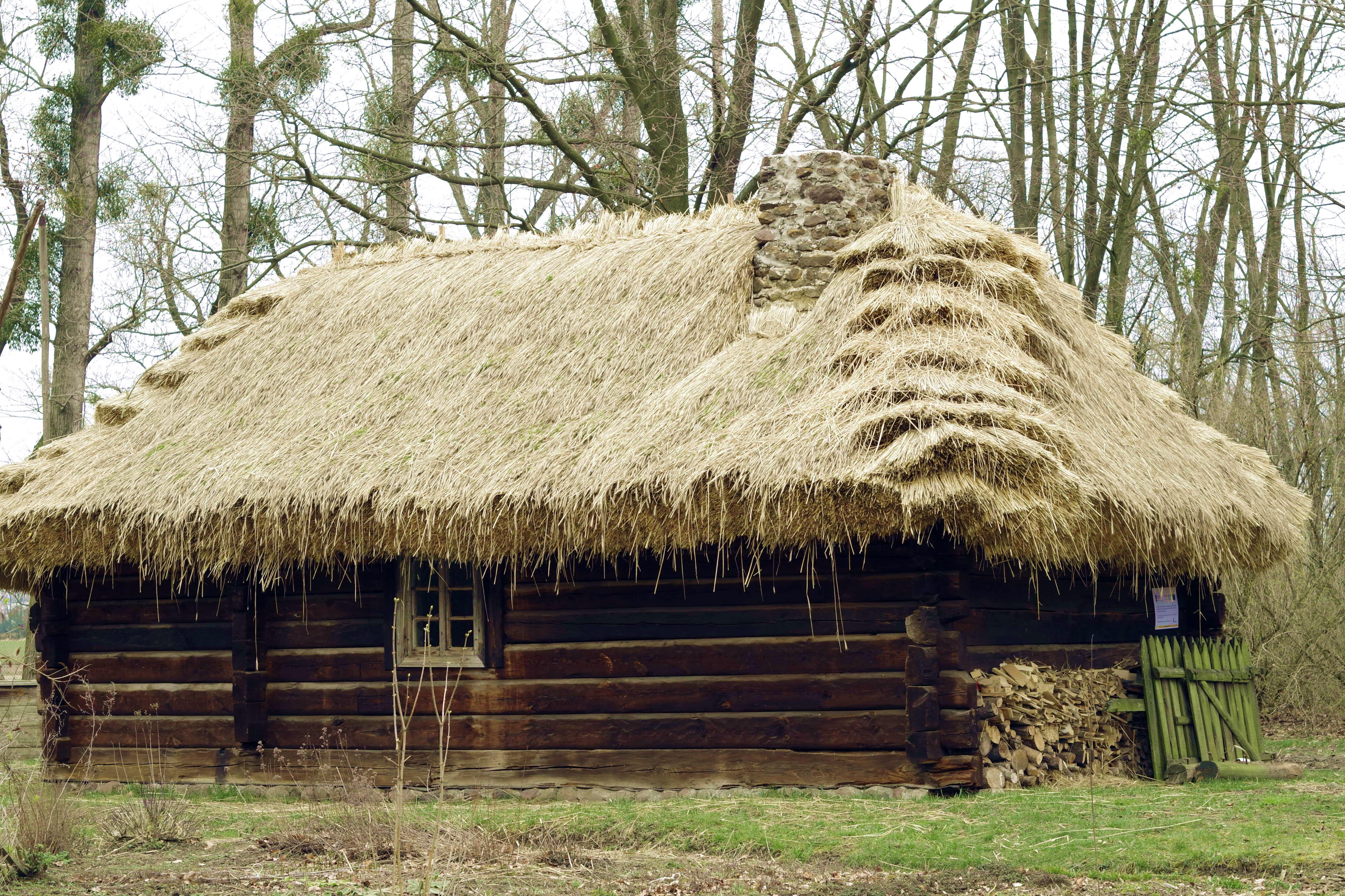 images gratuites architecture vieux cabane chalet agriculture mat riel maison en bois. Black Bedroom Furniture Sets. Home Design Ideas