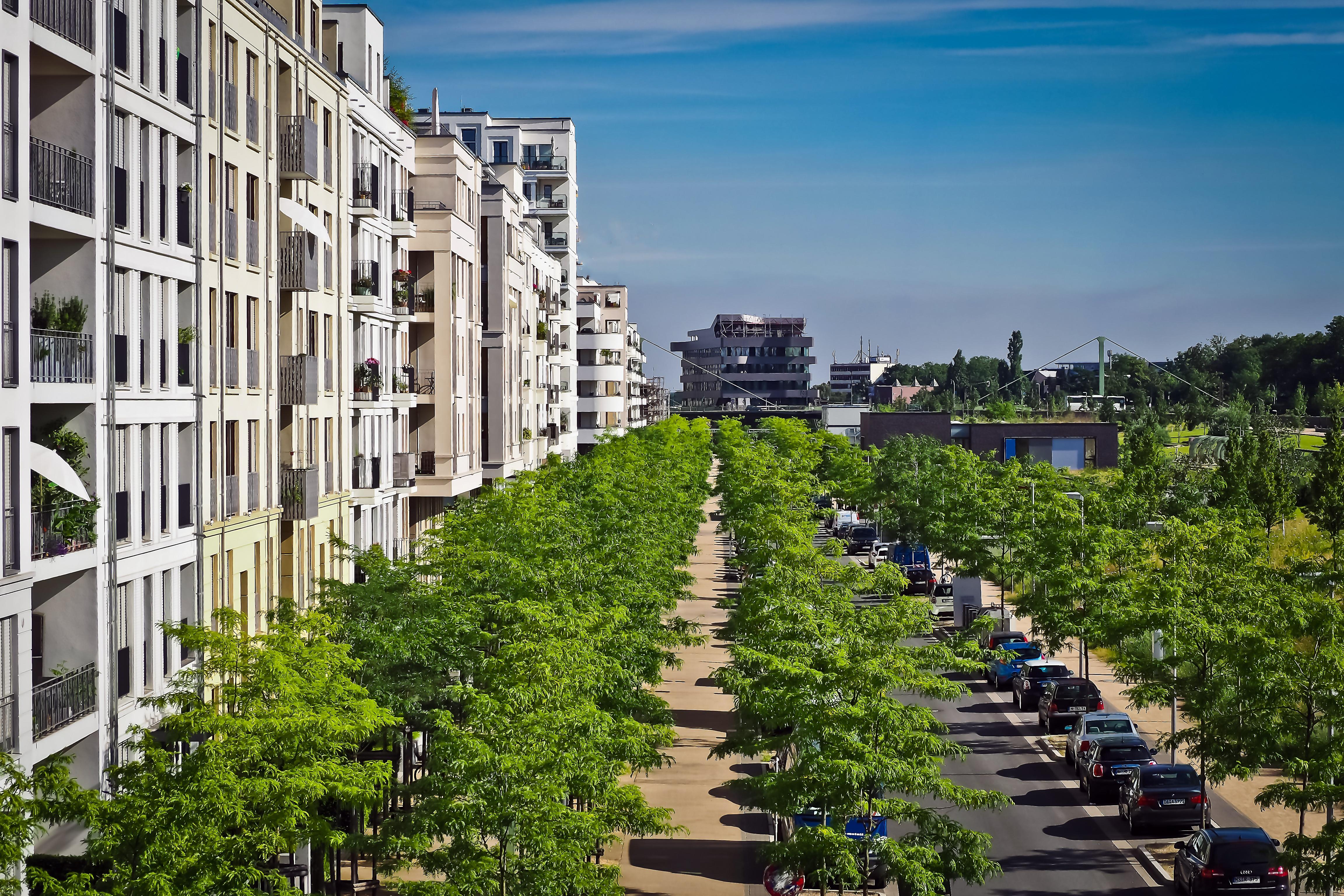 Images Gratuites : route, blanc, bâtiment, Gratte-ciel, Urbain ...