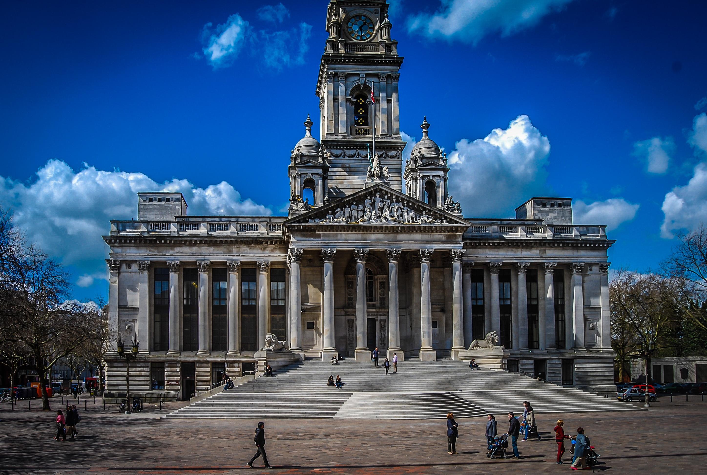 голубых тонах фото исторических памятников архитектуры куценко отвечал бурную