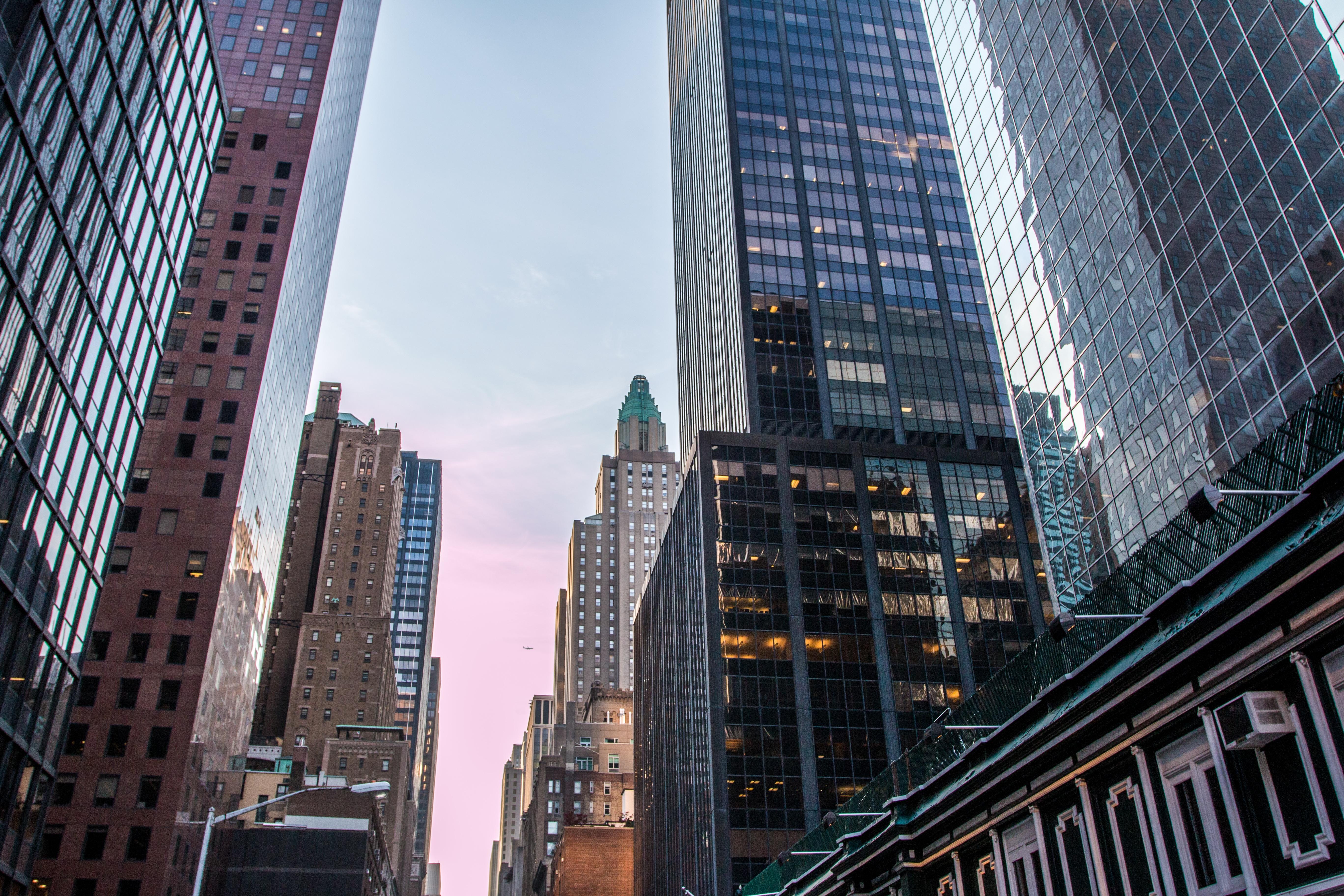 fotos gratis horizonte calle edificio rascacielos nueva york manhattan paisaje urbano centro de la ciudad torre estados unidos