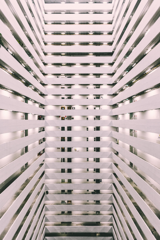 Kostenlose foto : die Architektur, Spiral-, Wolkenkratzer, Decke ...