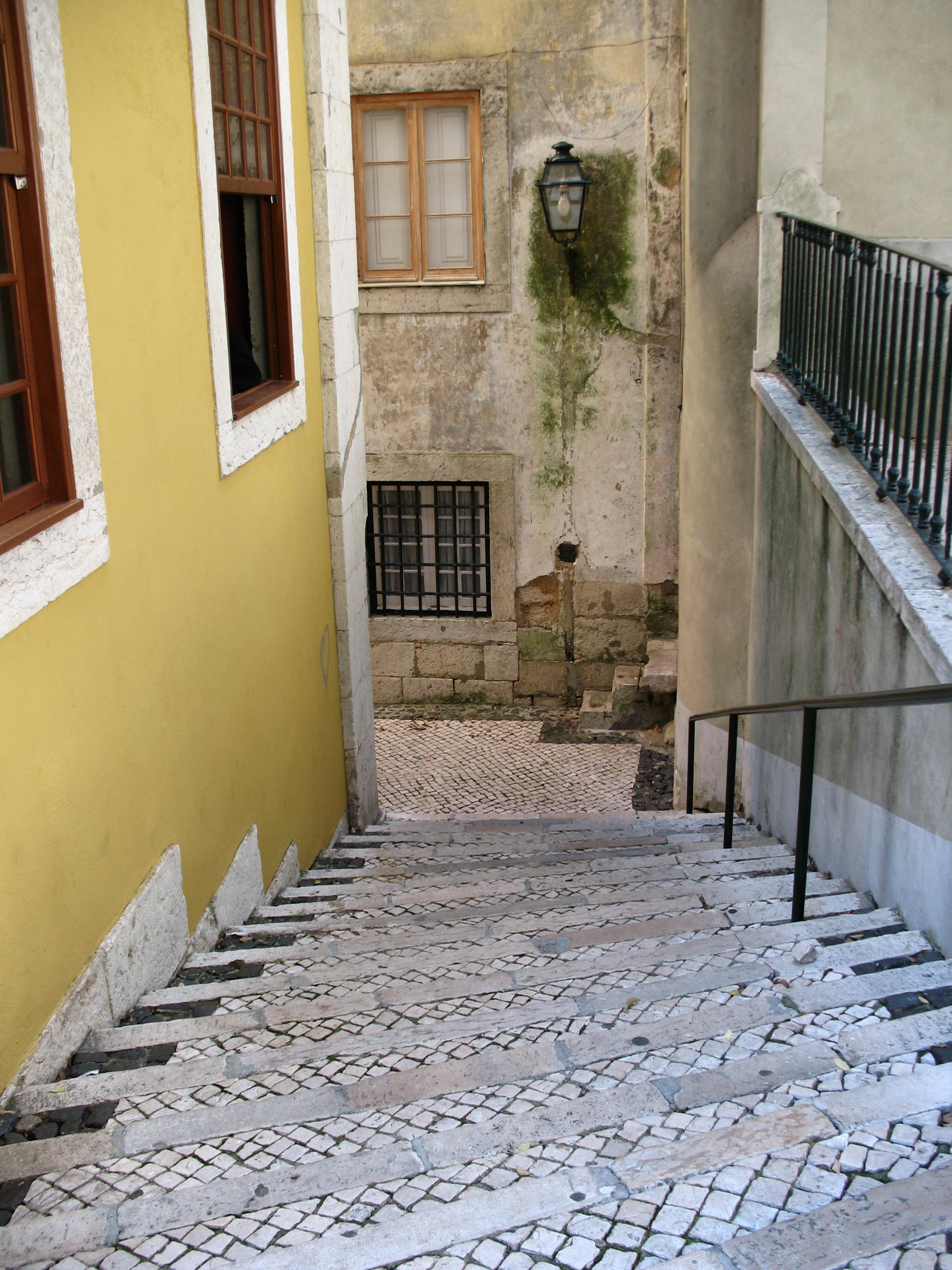 Images gratuites architecture rue maison sol fen tre - En el piso de abajo libro ...