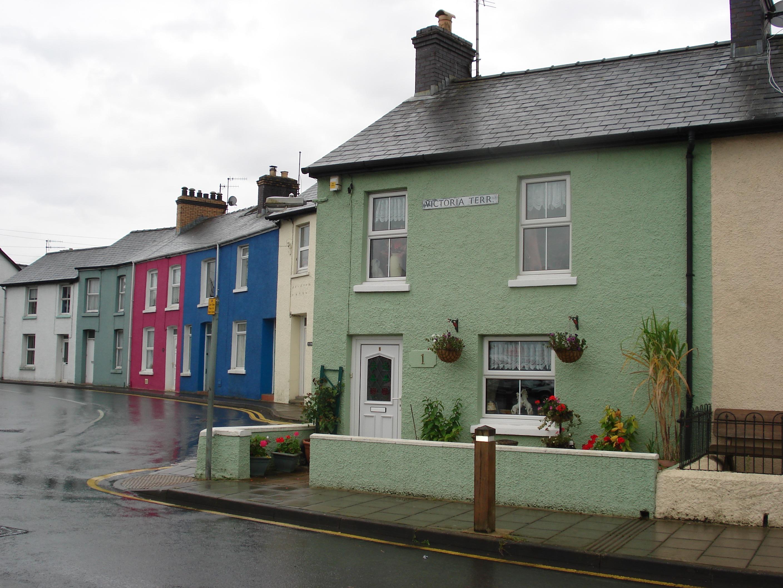 Fotos gratis : arquitectura, calle, casa, lluvia, pueblo, edificio ...